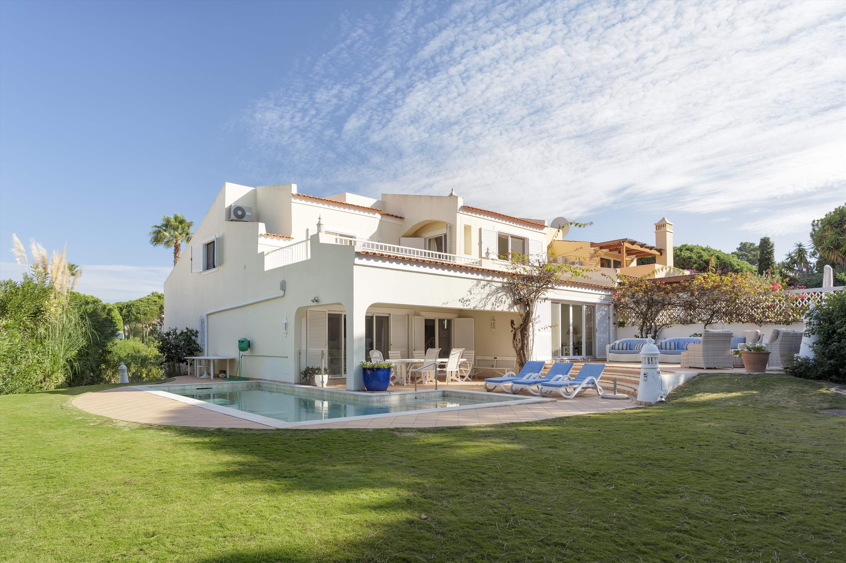 Villa Cascata, 4 Bedroom, 4 bedroom villa in Vale do Lobo, Algarve Photo #6