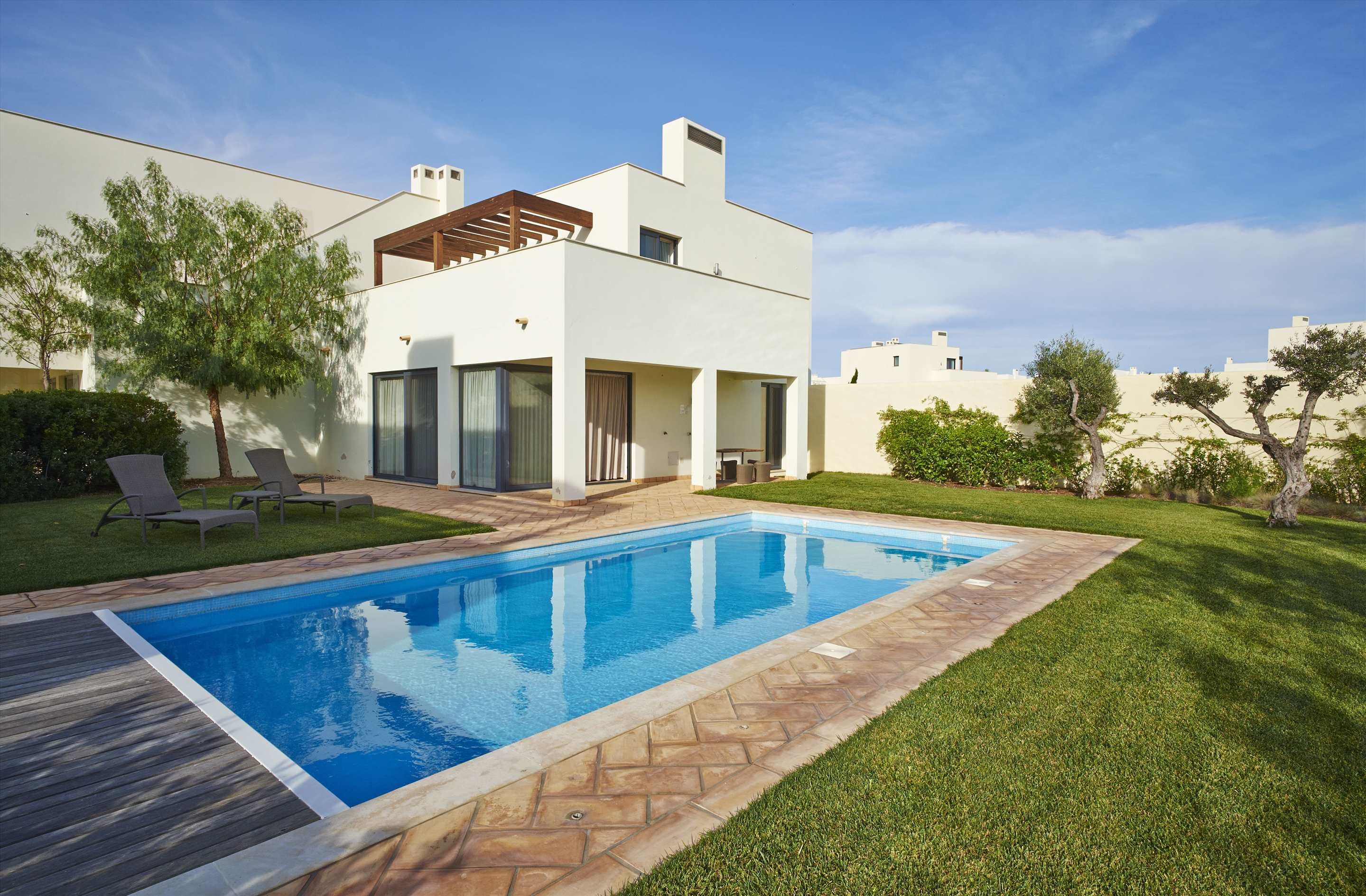 Martinhal Village Pinewood House with private pool, Master Deluxe Three Bedrooms, 3 bedroom villa in Martinhal Sagres, Algarve
