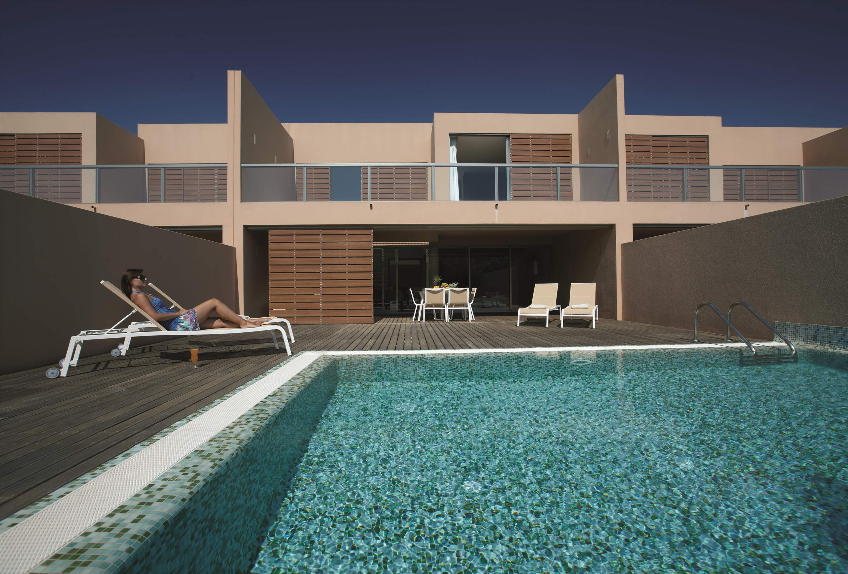 Salgados Beach Villas, 3 Bed, SC Basis, 3 bedroom villa in Vidamar Resort, Algarve