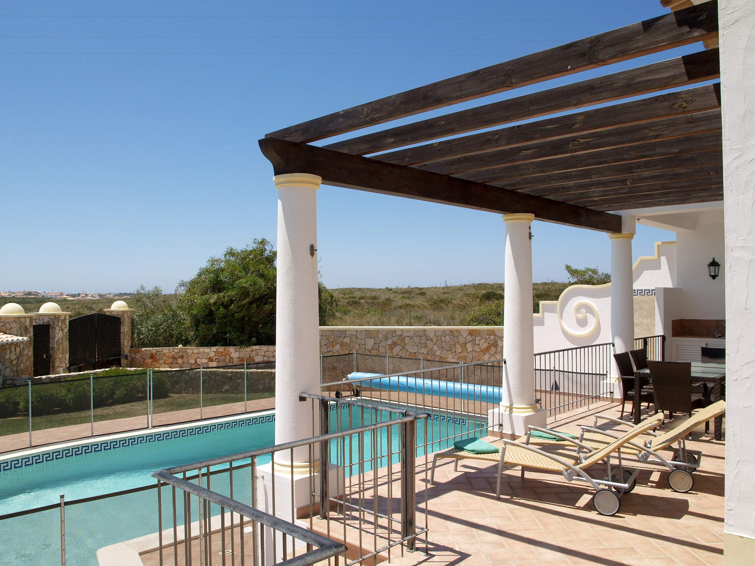 Martinhal Luxury Villa No.8, Three Bedroom Villa, 3 bedroom villa in Martinhal Sagres, Algarve Photo #4