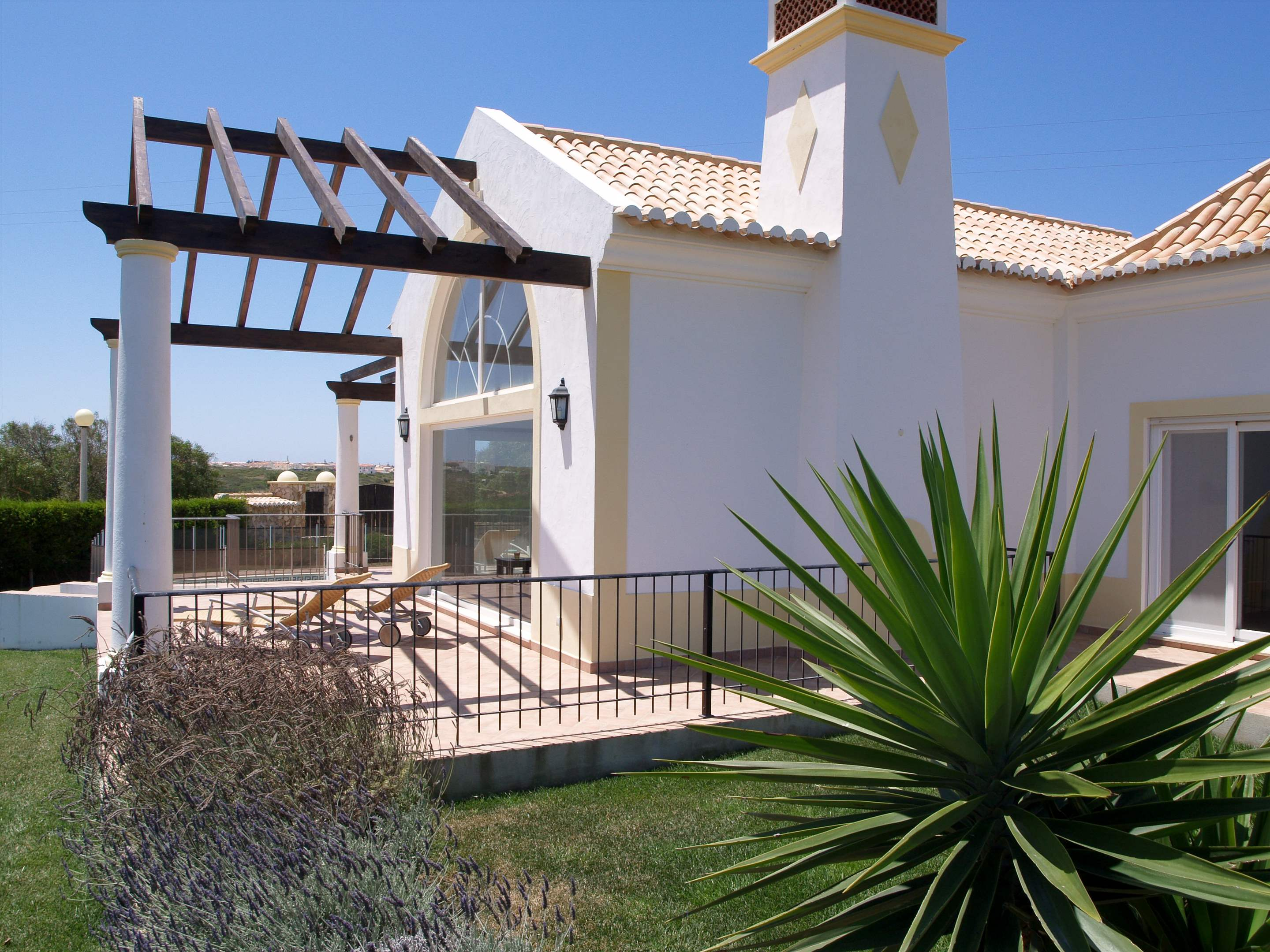 Martinhal Luxury Villa No.8, Three Bedroom Villa, 3 bedroom villa in Martinhal Sagres, Algarve Photo #6