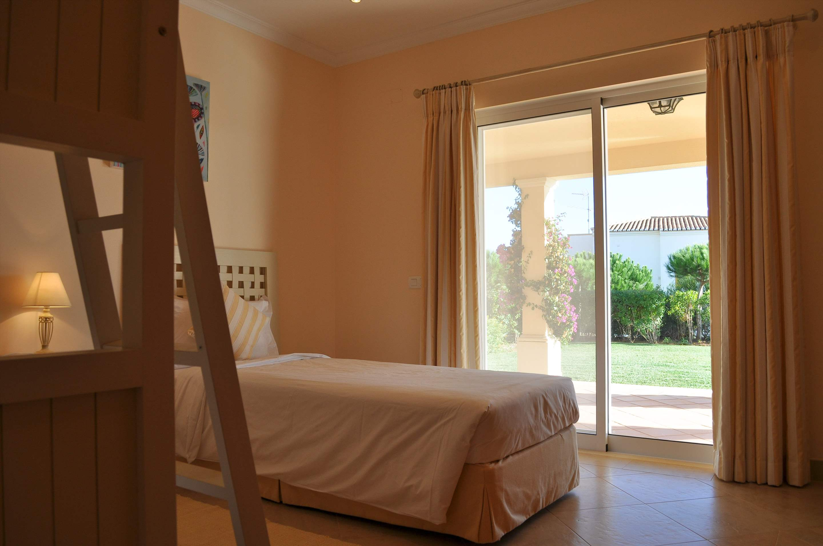 Martinhal Luxury Villa No.32, Three bedroom villa, 3 bedroom villa in Martinhal Sagres, Algarve Photo #15