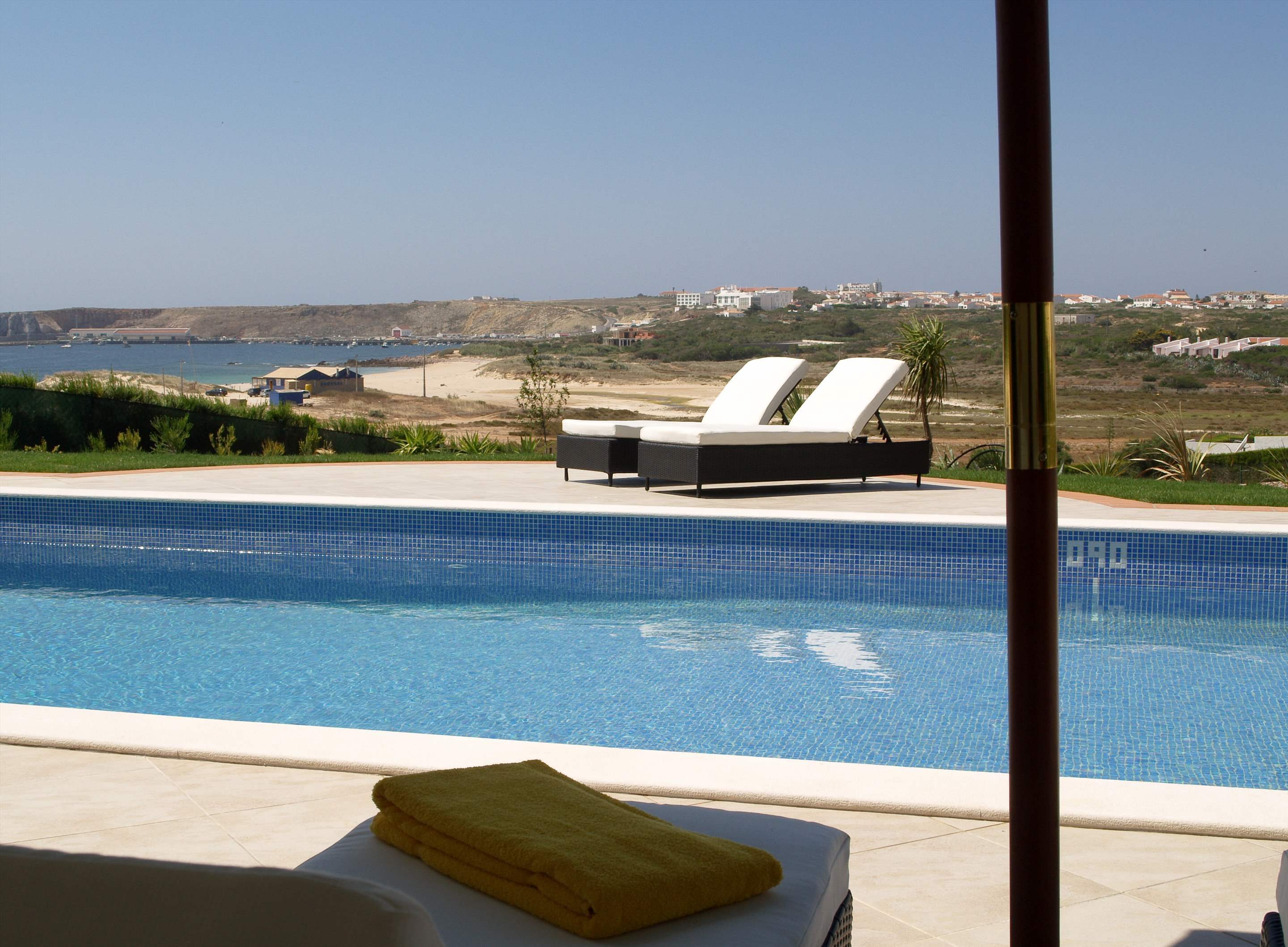 Martinhal Luxury Villa No.44, 3 bedroom villa in Martinhal Sagres, Algarve Photo #4