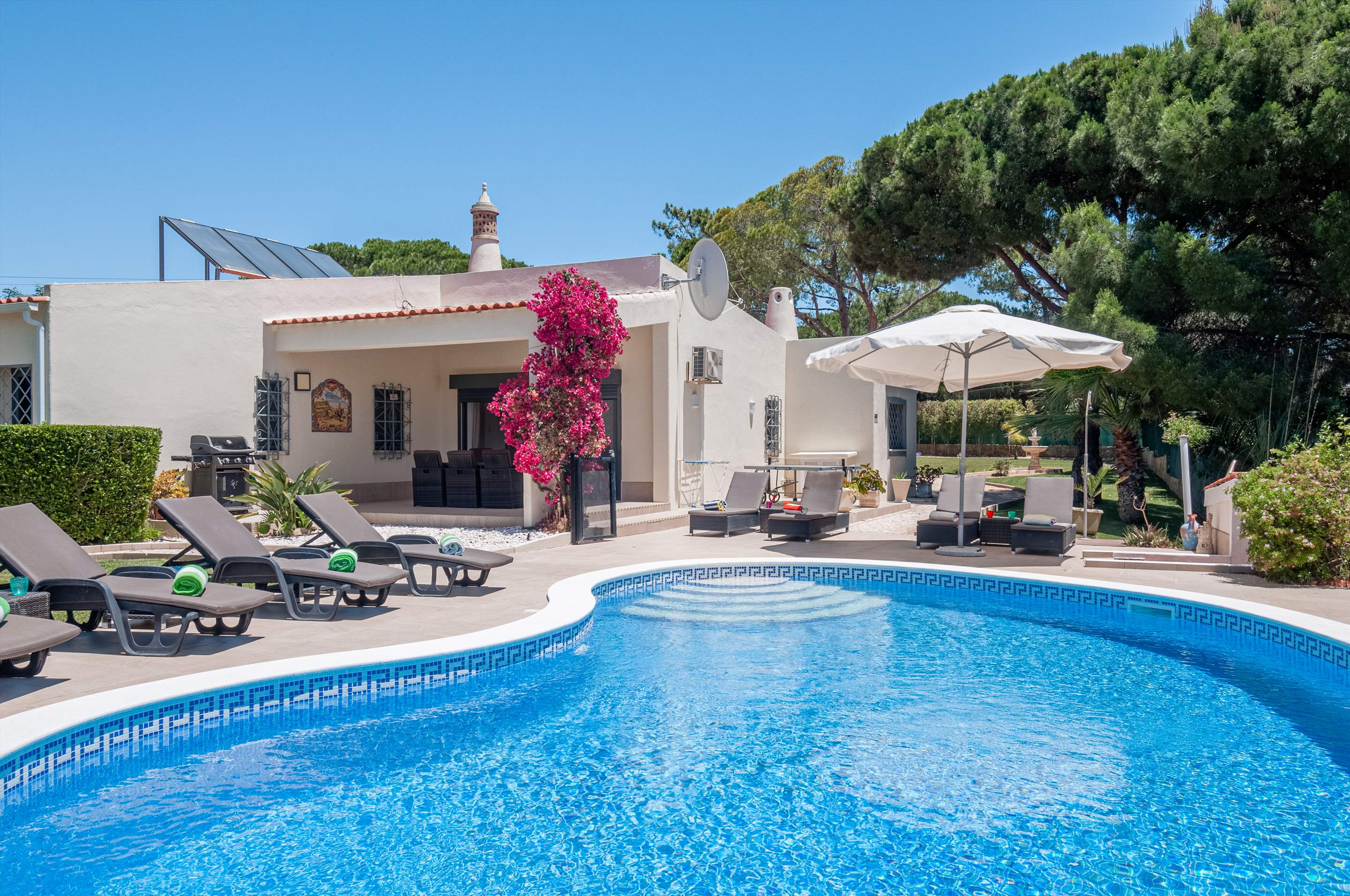 Villa Quinta Francisco, 4 bedroom villa in Vale do Lobo, Algarve Photo #1