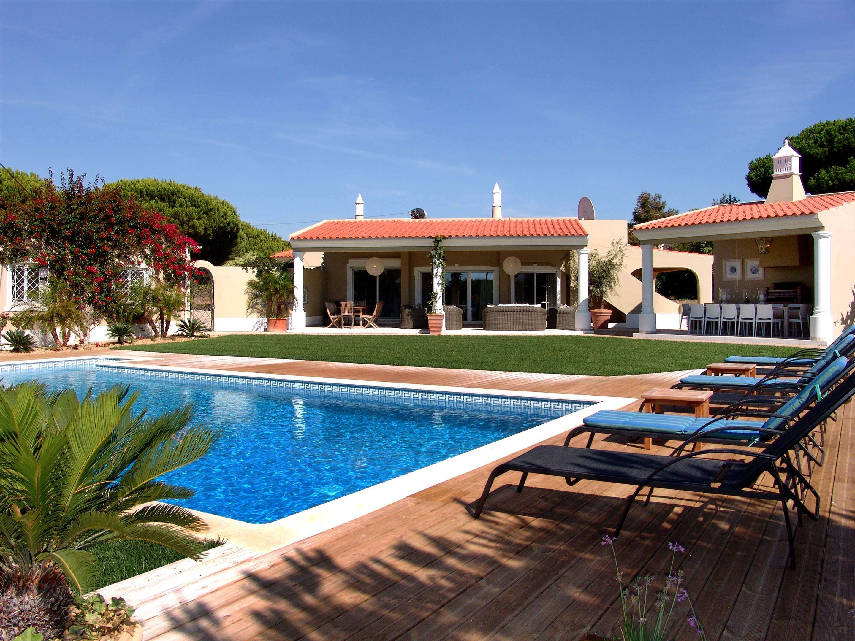 Casa Filomena, Six Bedroom Rate, 6 bedroom villa in Quinta do Lago, Algarve
