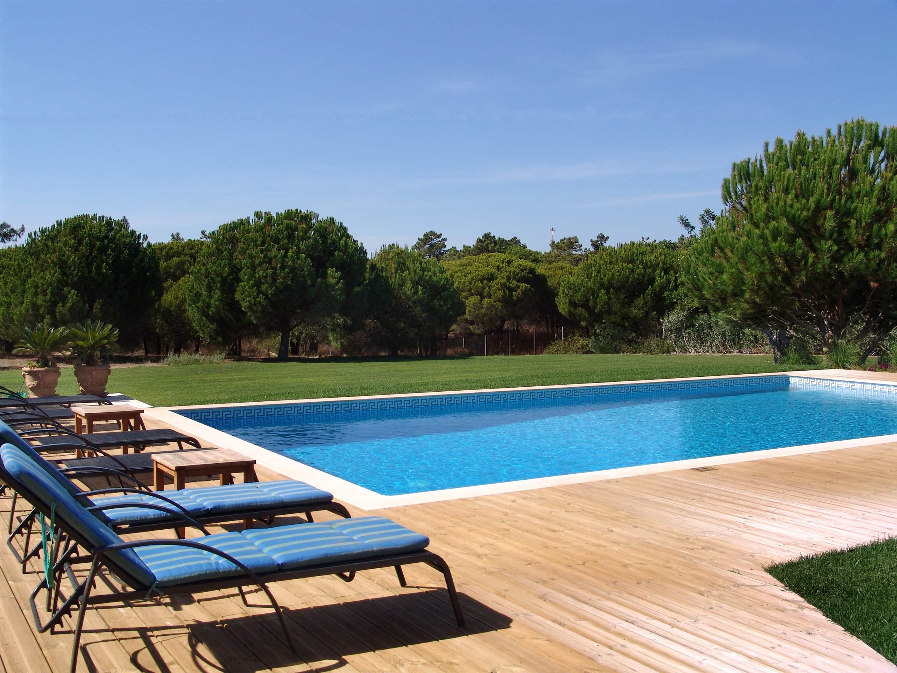 Casa Filomena, Six Bedroom Rate, 6 bedroom villa in Quinta do Lago, Algarve Photo #2