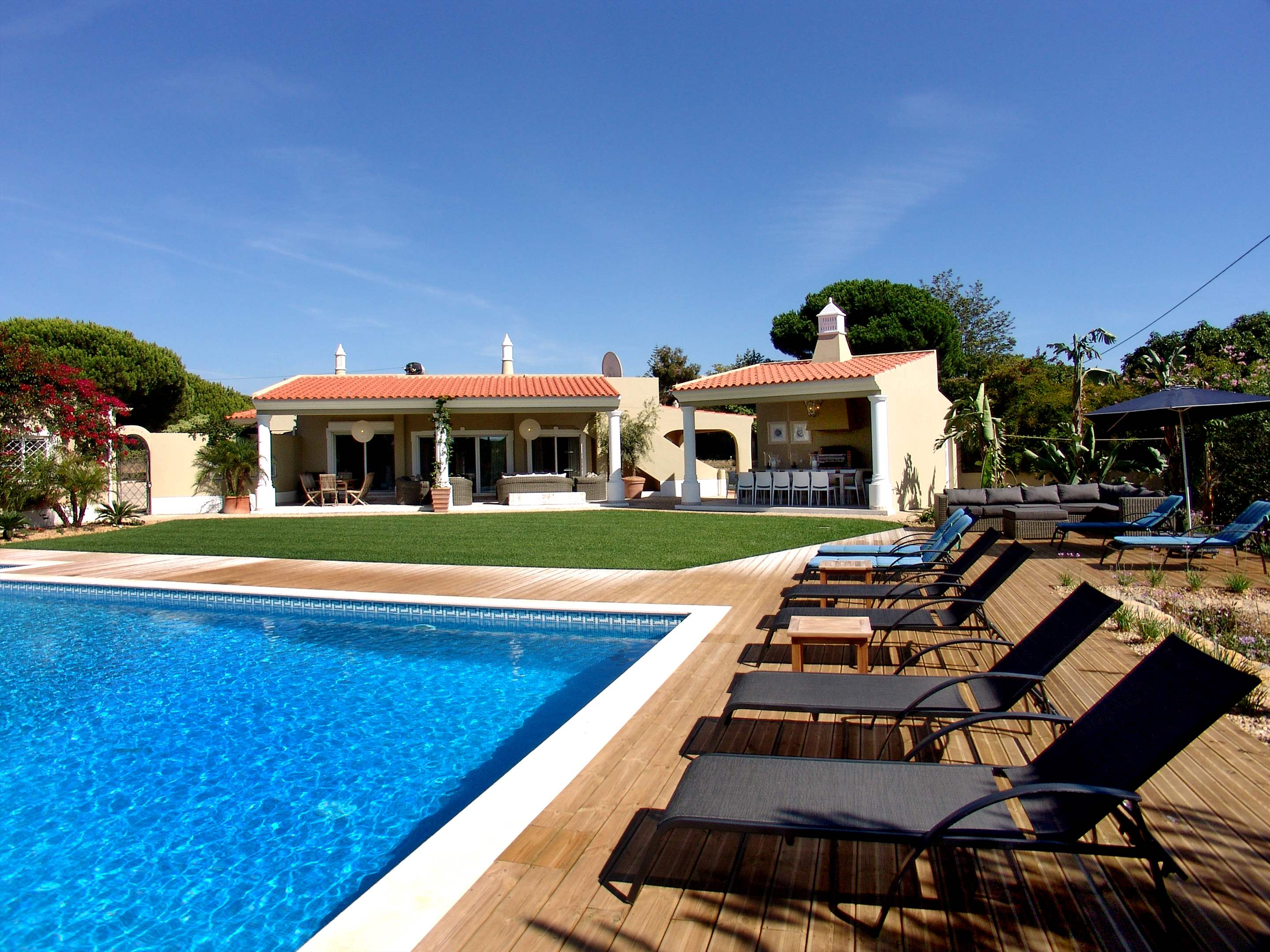 Casa Filomena, Six Bedroom Rate, 6 bedroom villa in Quinta do Lago, Algarve Photo #7