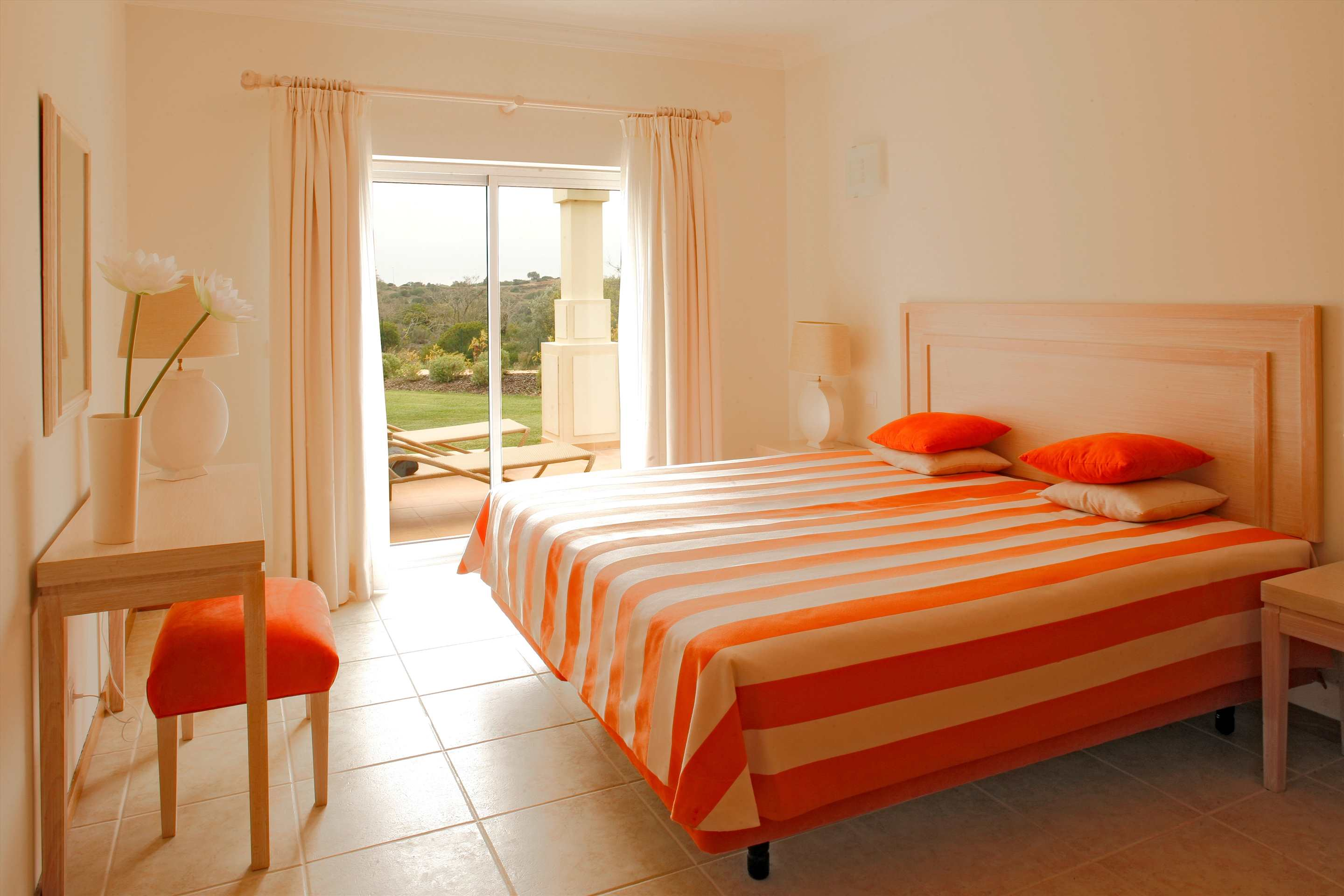 Vale d'Oliveiras 1 Bed Suite Garden View , Bed & Breakfast, 1 bedroom apartment in Vale d'Oliveiras Resort & Spa, Algarve Photo #4