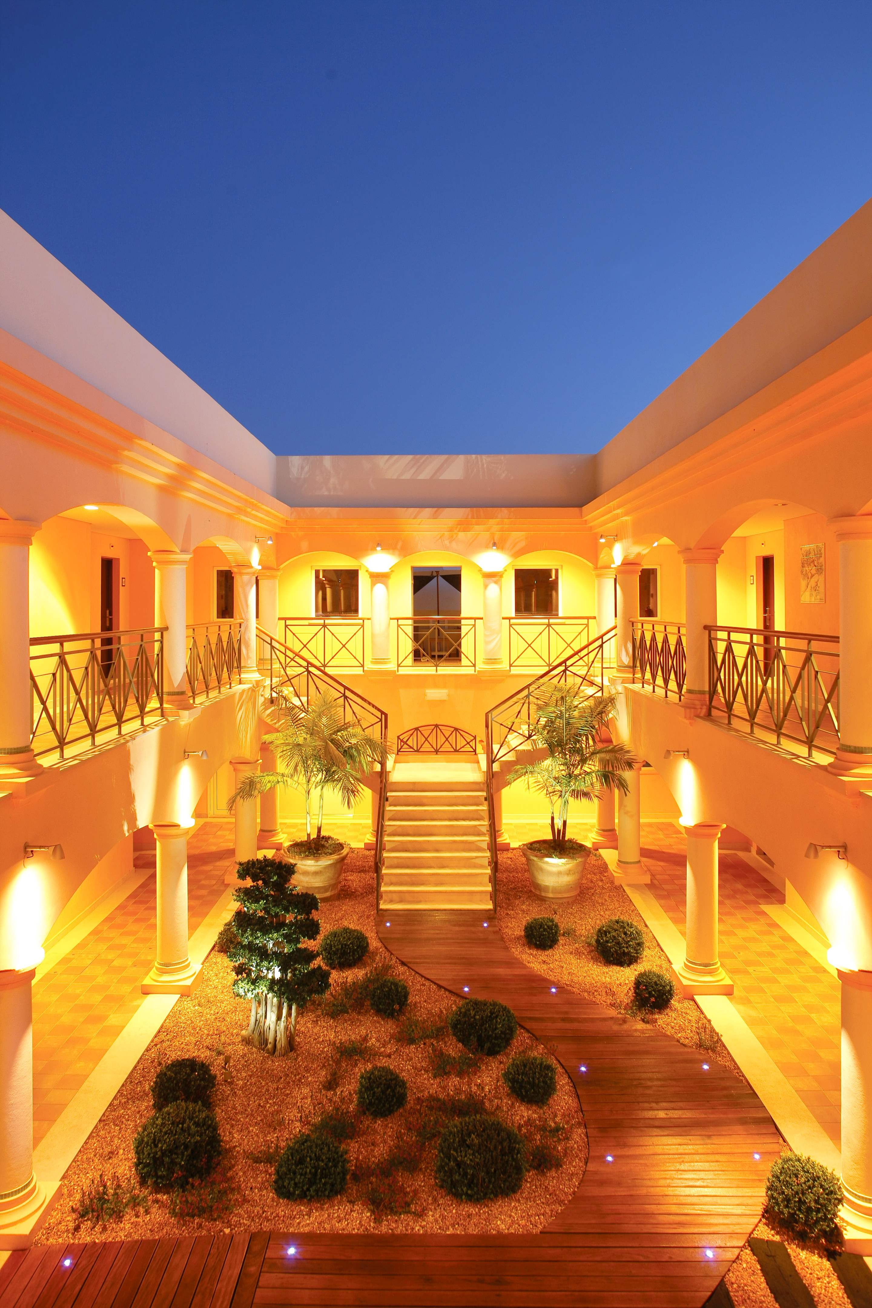 Vale dOliveiras Hotel Double/ Twin Room BB Basis, 1 bedroom hotel in Vale d'Oliveiras Resort & Spa, Algarve Photo #3