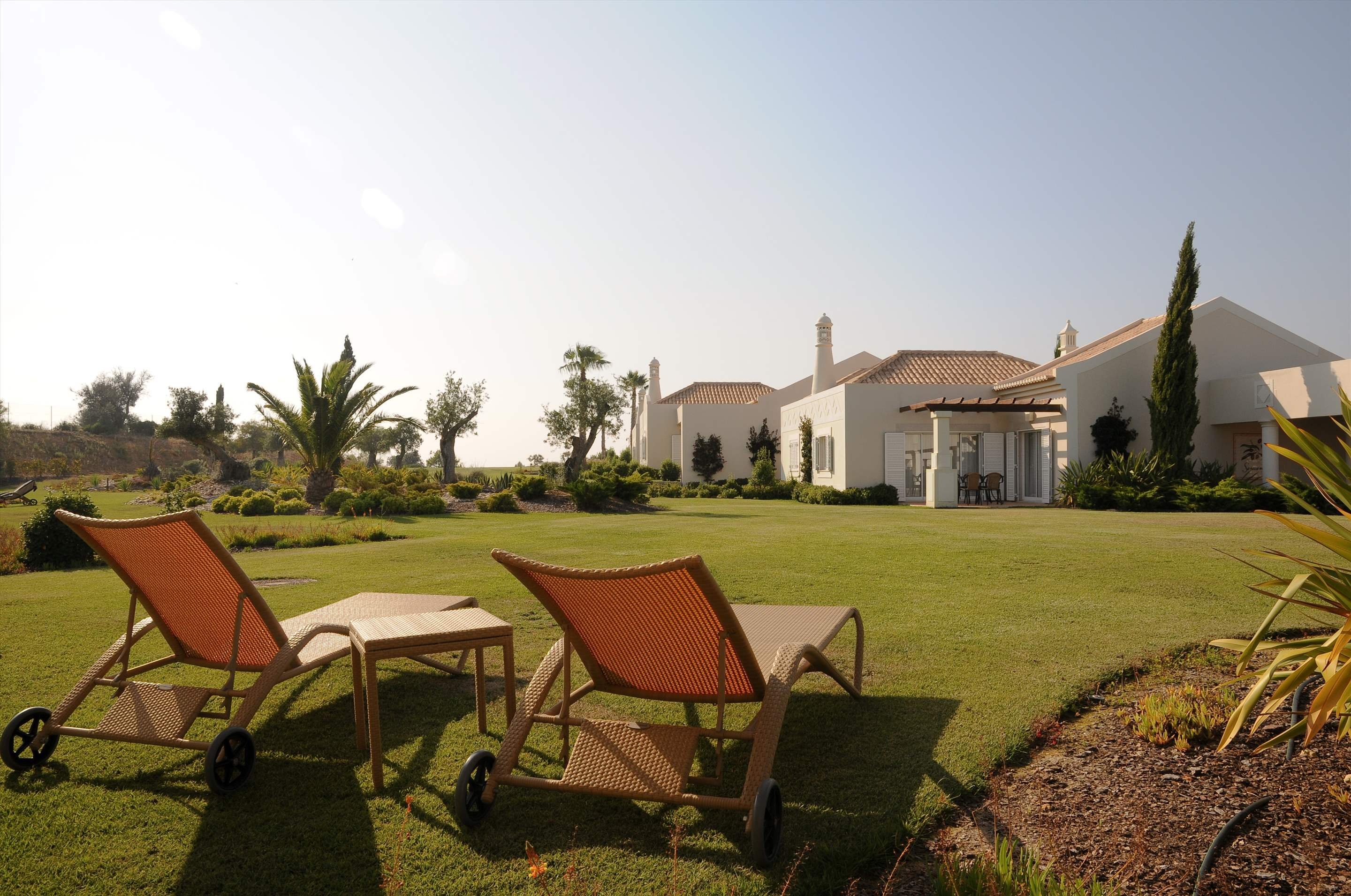 Vale d'Oliveiras 2 Bed Suite Garden View , Bed & Breakfast, 2 bedroom apartment in Vale d'Oliveiras Resort & Spa, Algarve Photo #7