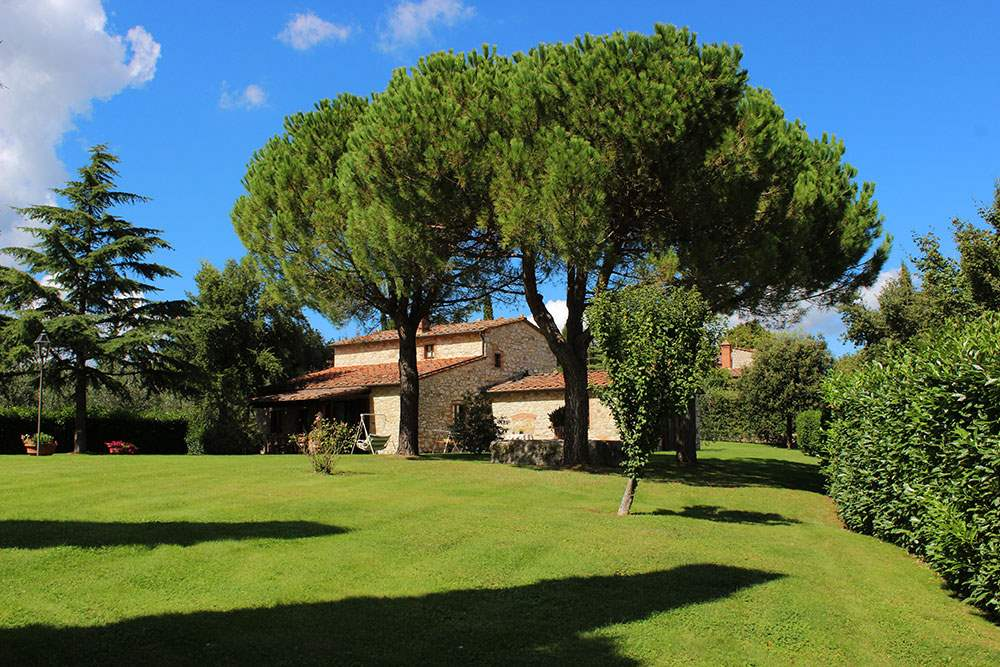 Villa Floriana, 4 bedroom villa in Chianti & Countryside, Tuscany Photo #13