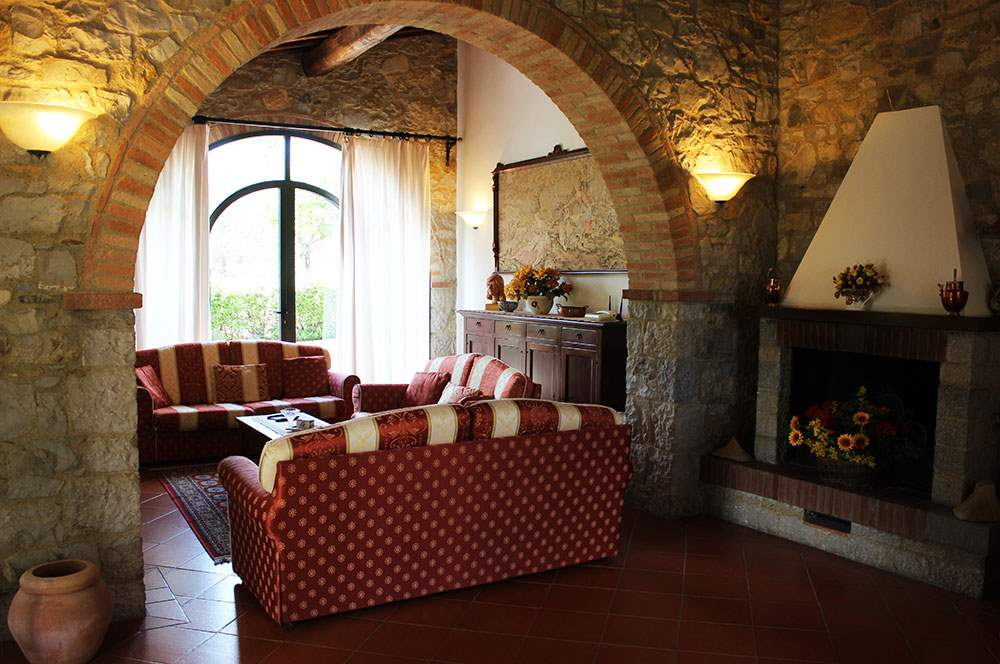 Villa Floriana, 4 bedroom villa in Chianti & Countryside, Tuscany Photo #5
