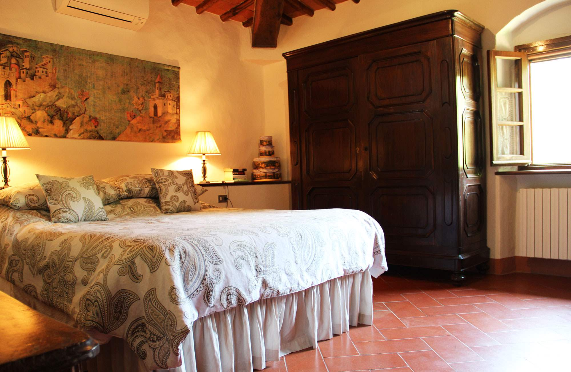 Villa Felicita, Main house only, 6 persons rate, 3 bedroom villa in Chianti & Countryside, Tuscany Photo #17