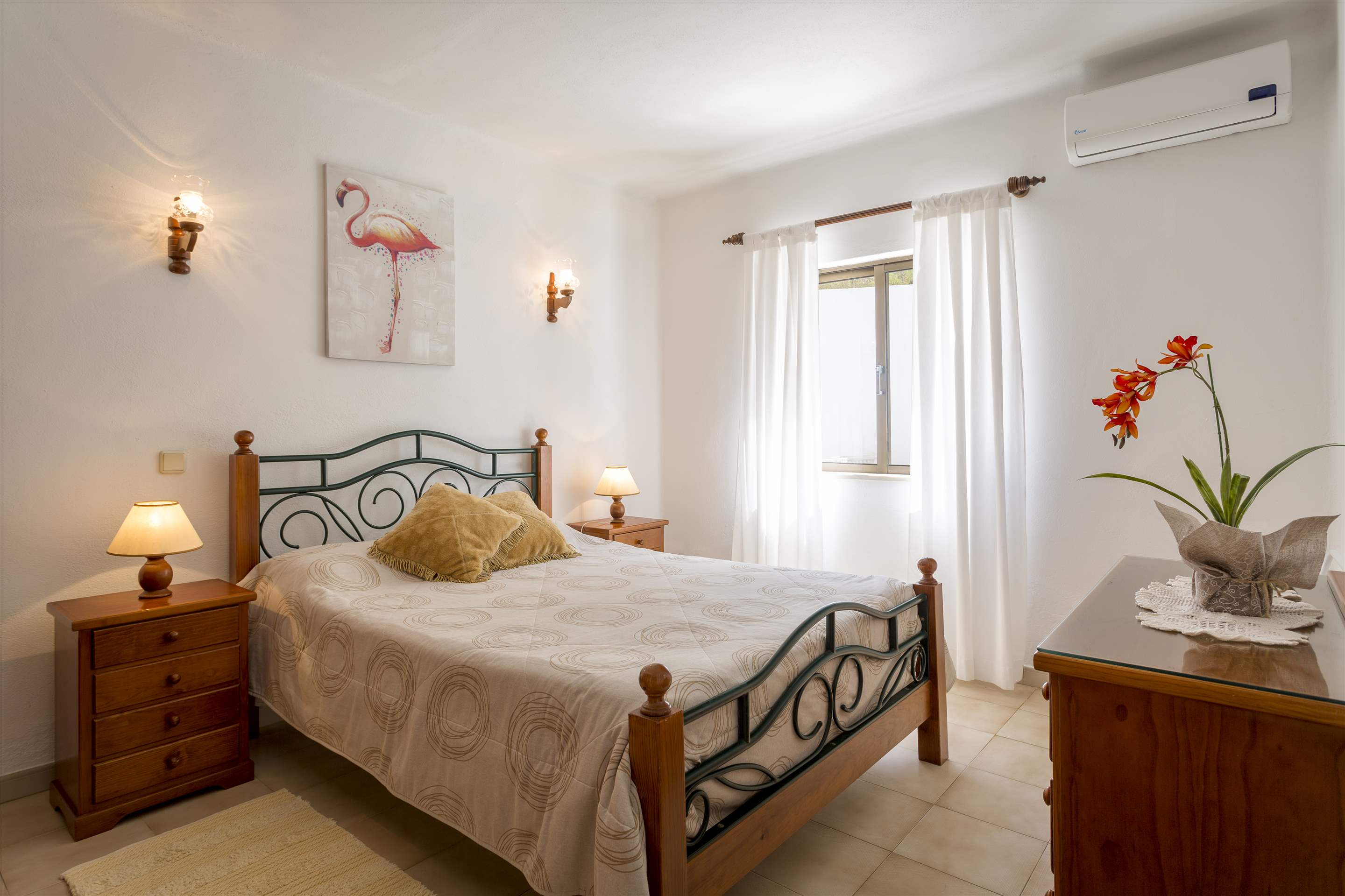 Villa Do Cerro, 3 bedroom villa in Carvoeiro Area, Algarve Photo #8