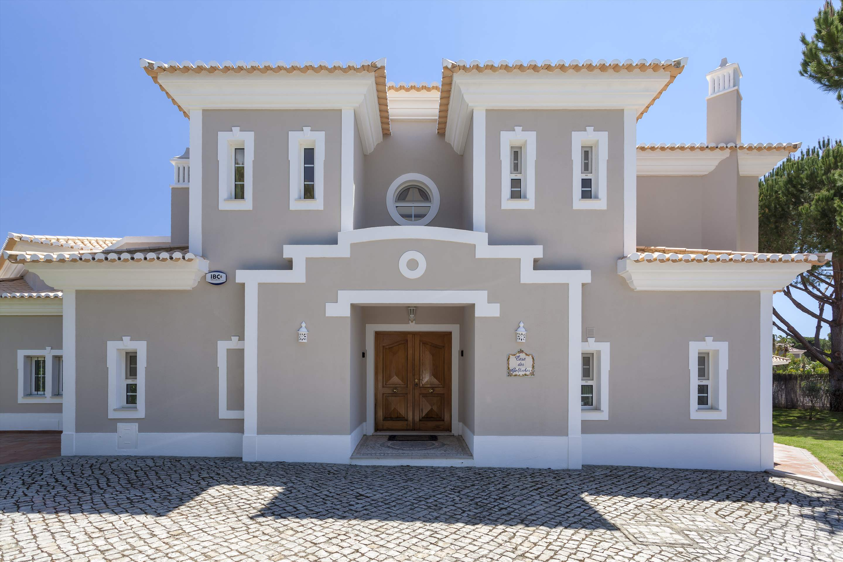 Casa dos Golfinhos, 4 bedroom villa in Vale do Lobo, Algarve Photo #12