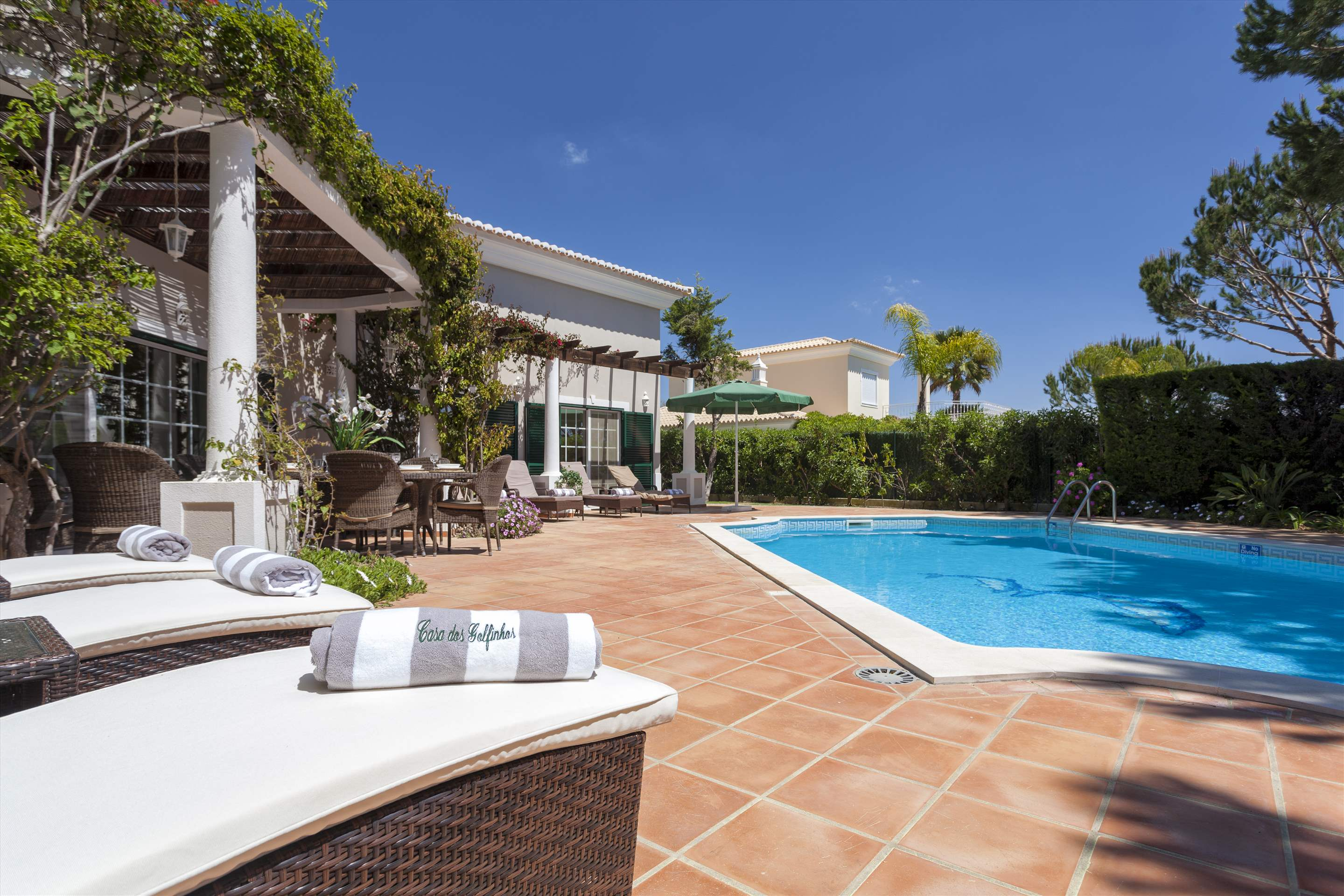 Casa dos Golfinhos, 4 bedroom villa in Vale do Lobo, Algarve Photo #14