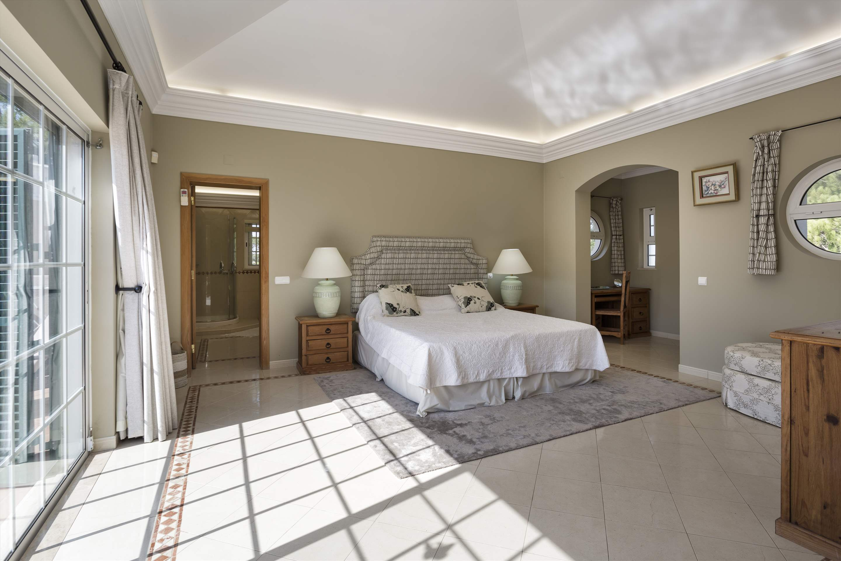 Casa dos Golfinhos, 4 bedroom villa in Vale do Lobo, Algarve Photo #15