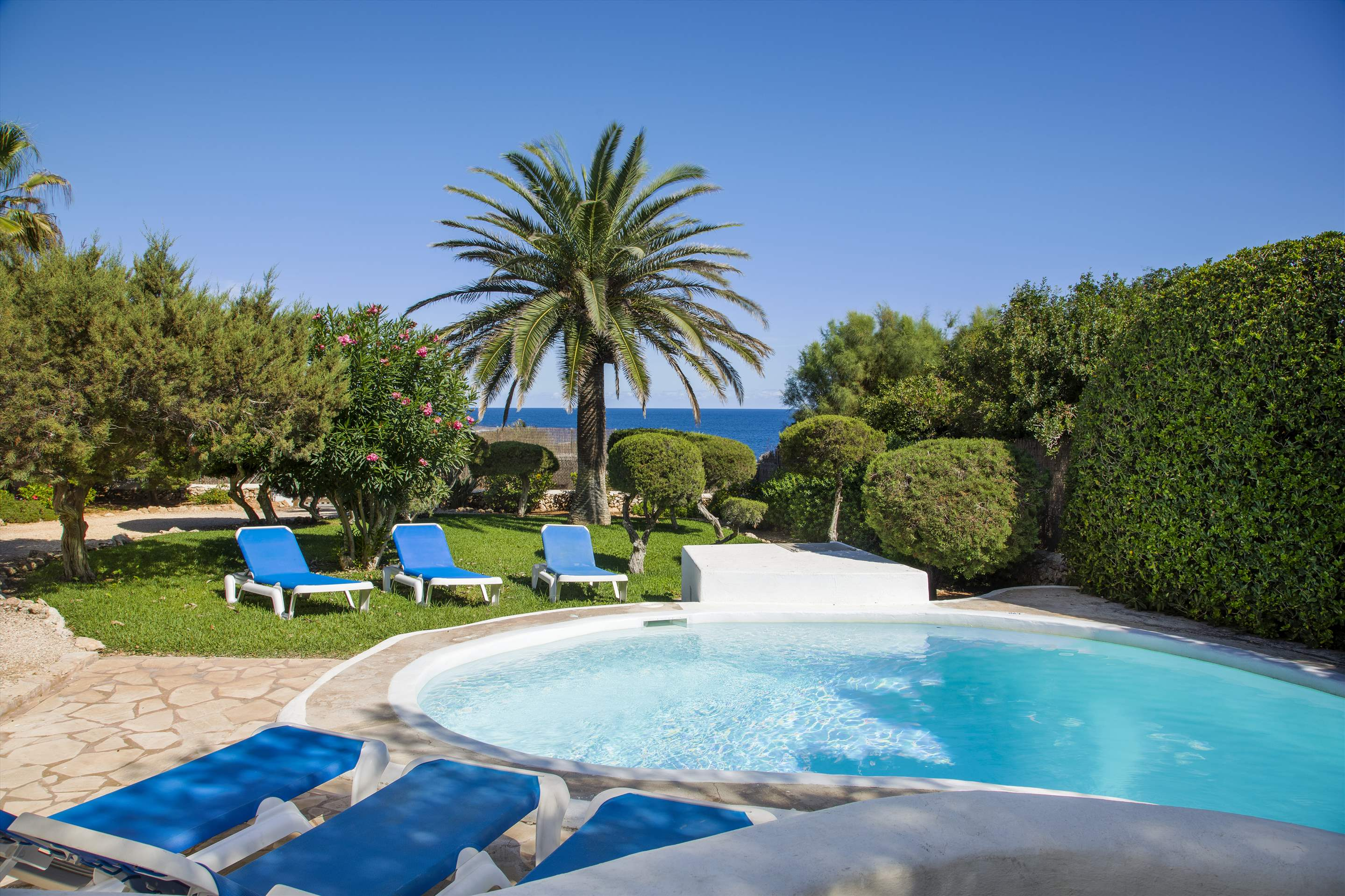 Mar Gran, 4 bedroom villa in Cala d'Or , Majorca Photo #13