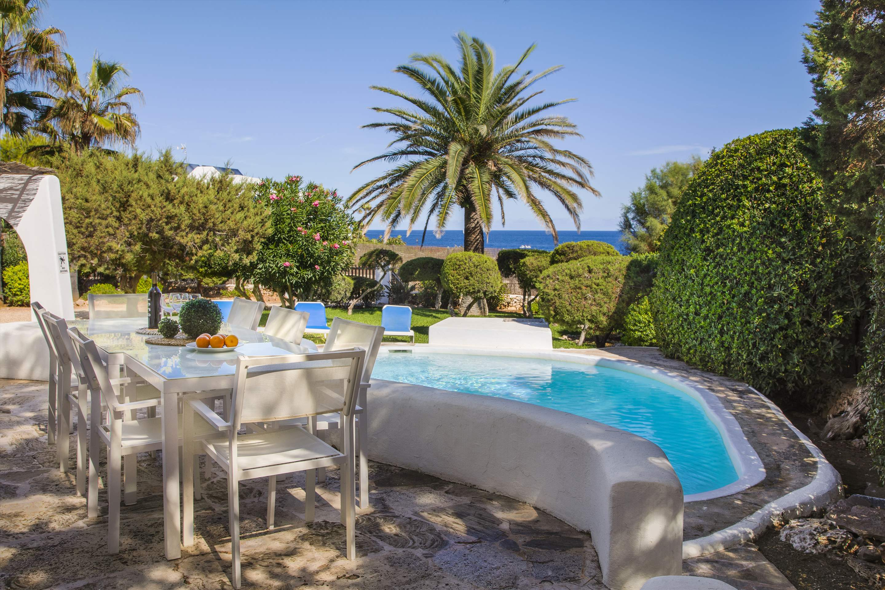 Mar Gran, 4 bedroom villa in Cala d'Or , Majorca Photo #2