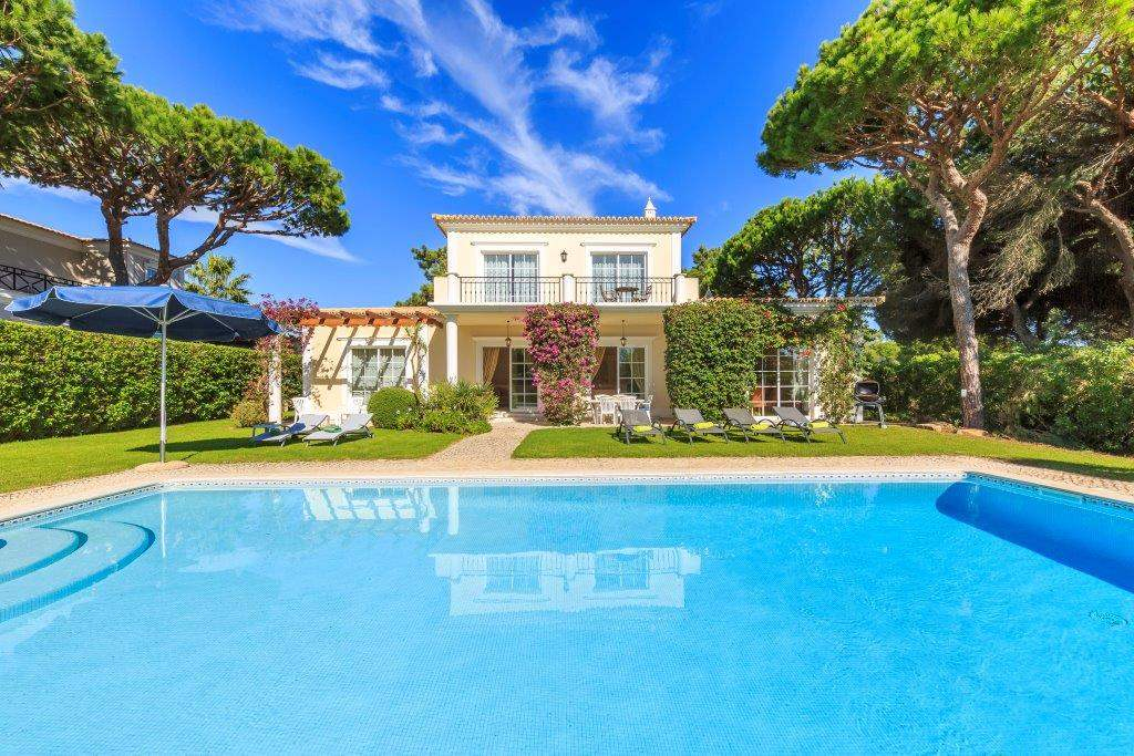 Villa Lorena, 3 bedroom villa in Vale do Lobo, Algarve Photo #1