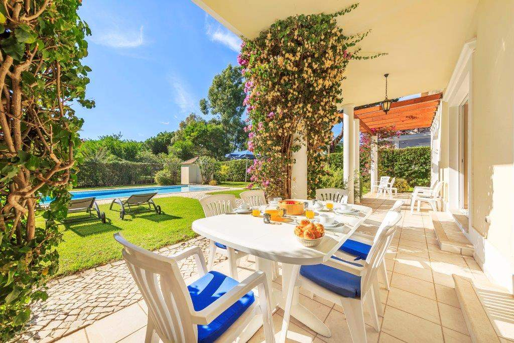 Villa Lorena, 3 bedroom villa in Vale do Lobo, Algarve Photo #2