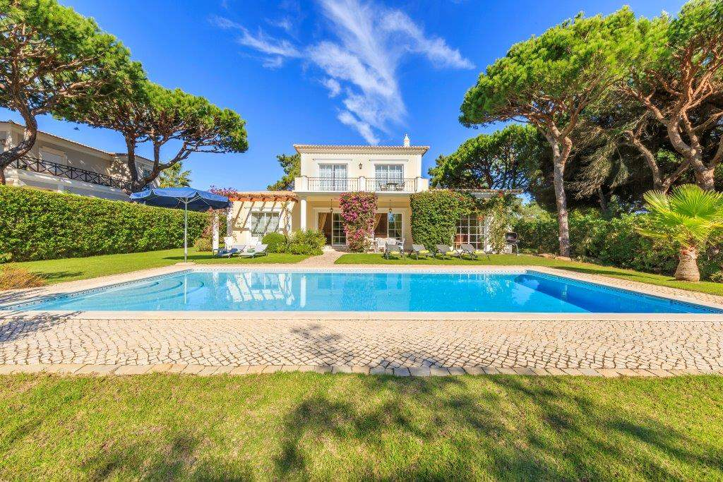 Villa Lorena, 3 bedroom villa in Vale do Lobo, Algarve Photo #8