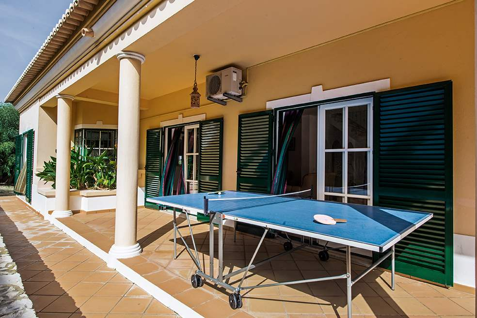 Villa Luis, 7-8 Persons Rate, 4 bedroom villa in Gale, Vale da Parra and Guia, Algarve Photo #11