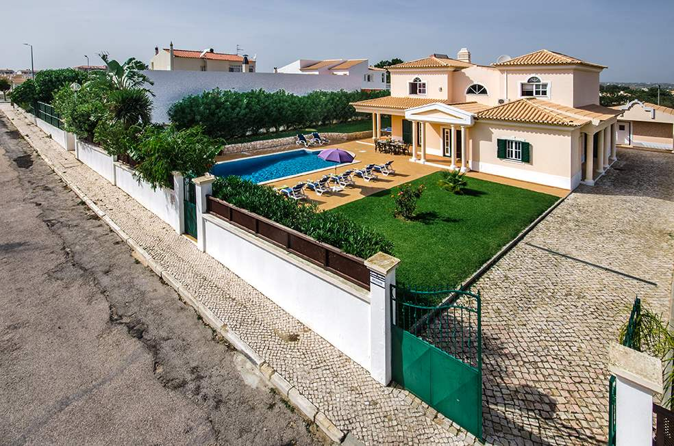 Villa Luis, 7-8 Persons Rate, 4 bedroom villa in Gale, Vale da Parra and Guia, Algarve Photo #25