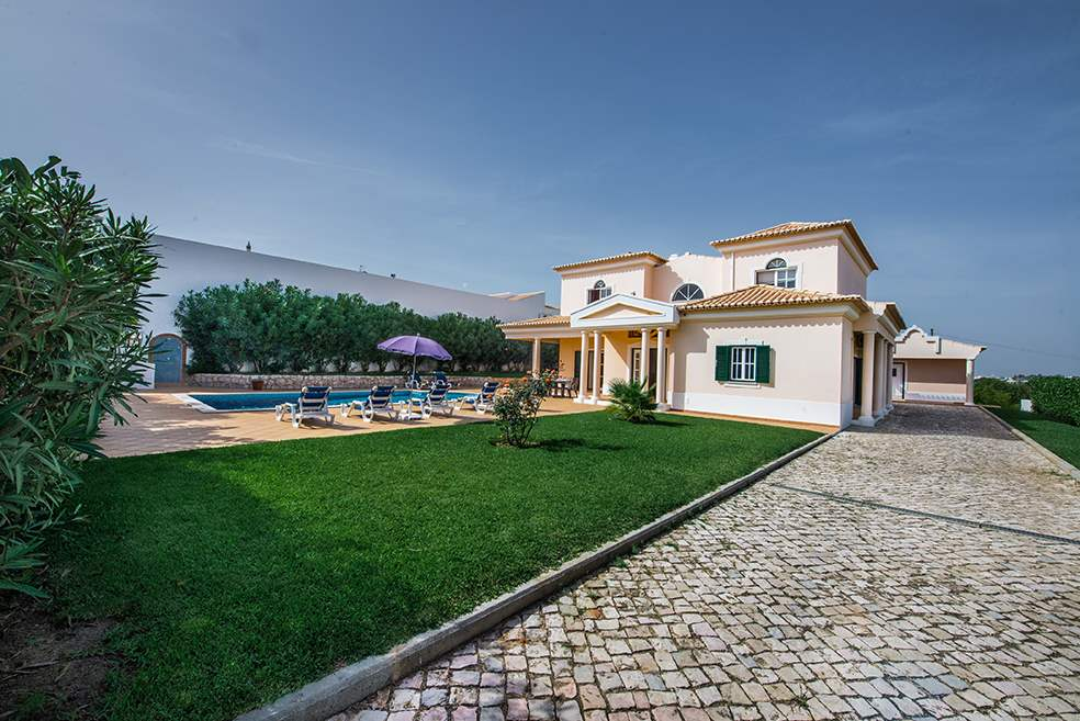 Villa Luis, 7-8 Persons Rate, 4 bedroom villa in Gale, Vale da Parra and Guia, Algarve Photo #28