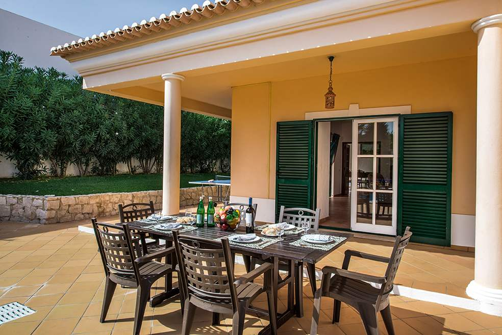 Villa Luis, 7-8 Persons Rate, 4 bedroom villa in Gale, Vale da Parra and Guia, Algarve Photo #9