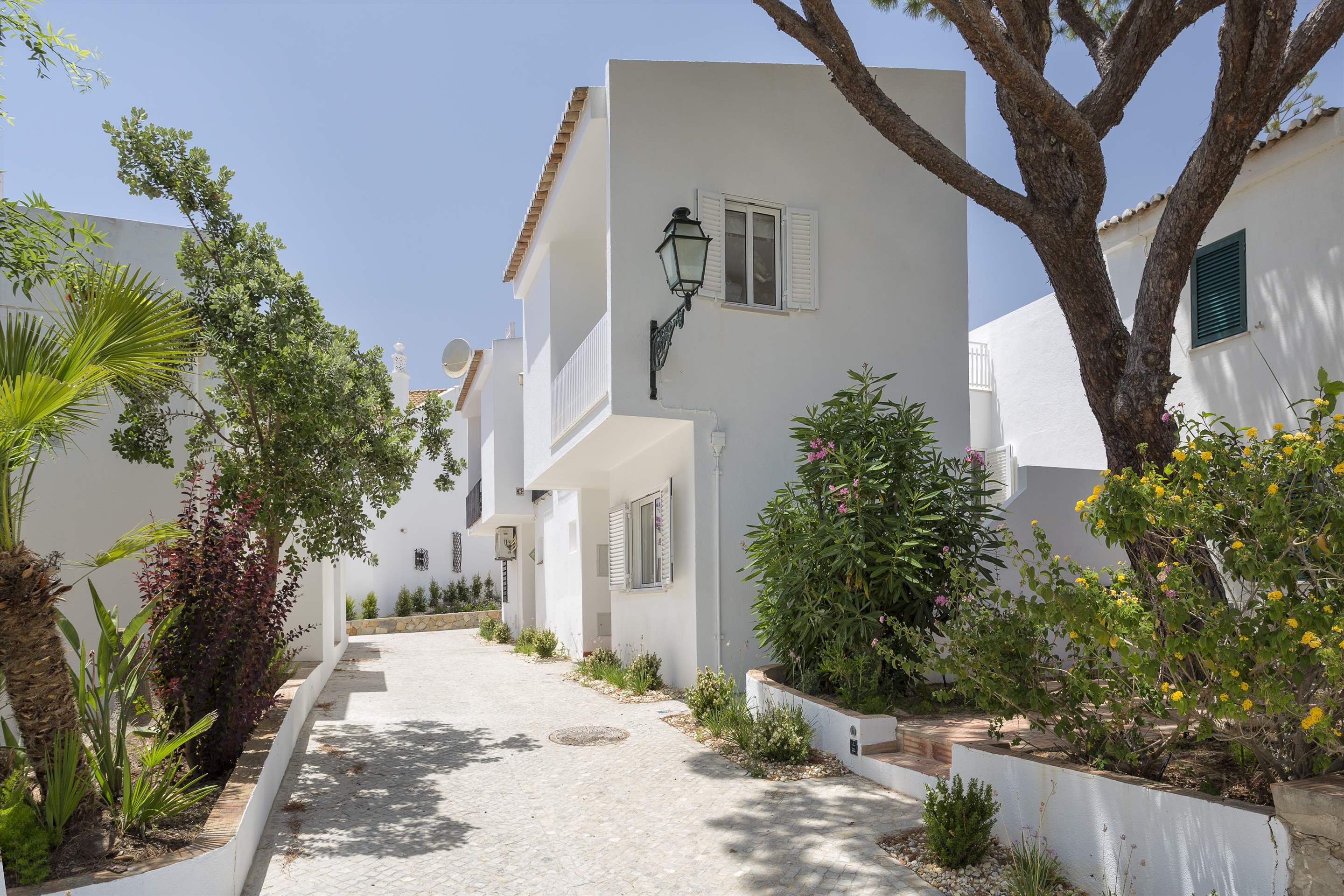 Villa Clemente, 2 bedroom villa in Vale do Lobo, Algarve Photo #6