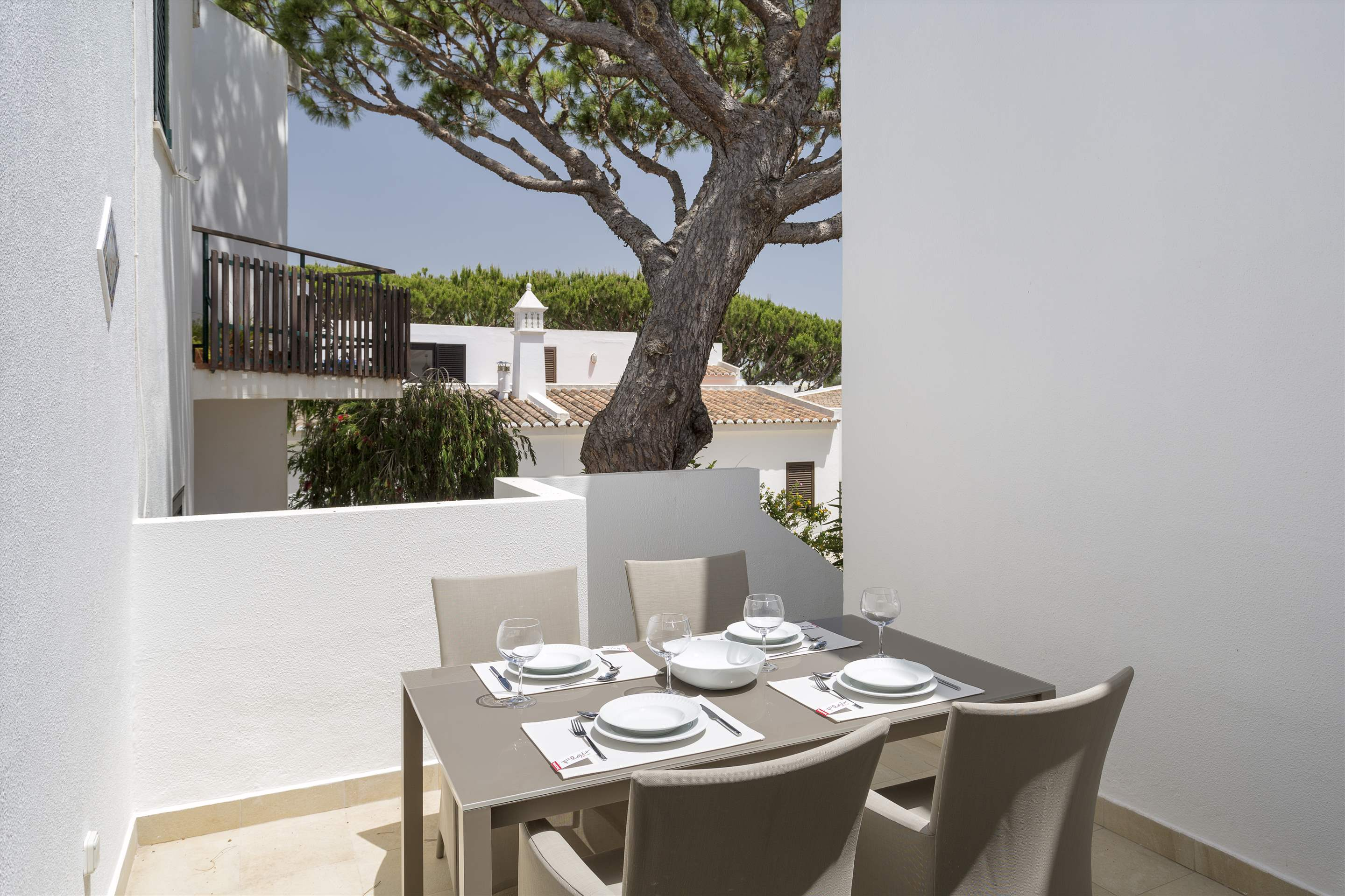 Villa Clemente, 2 bedroom villa in Vale do Lobo, Algarve Photo #8