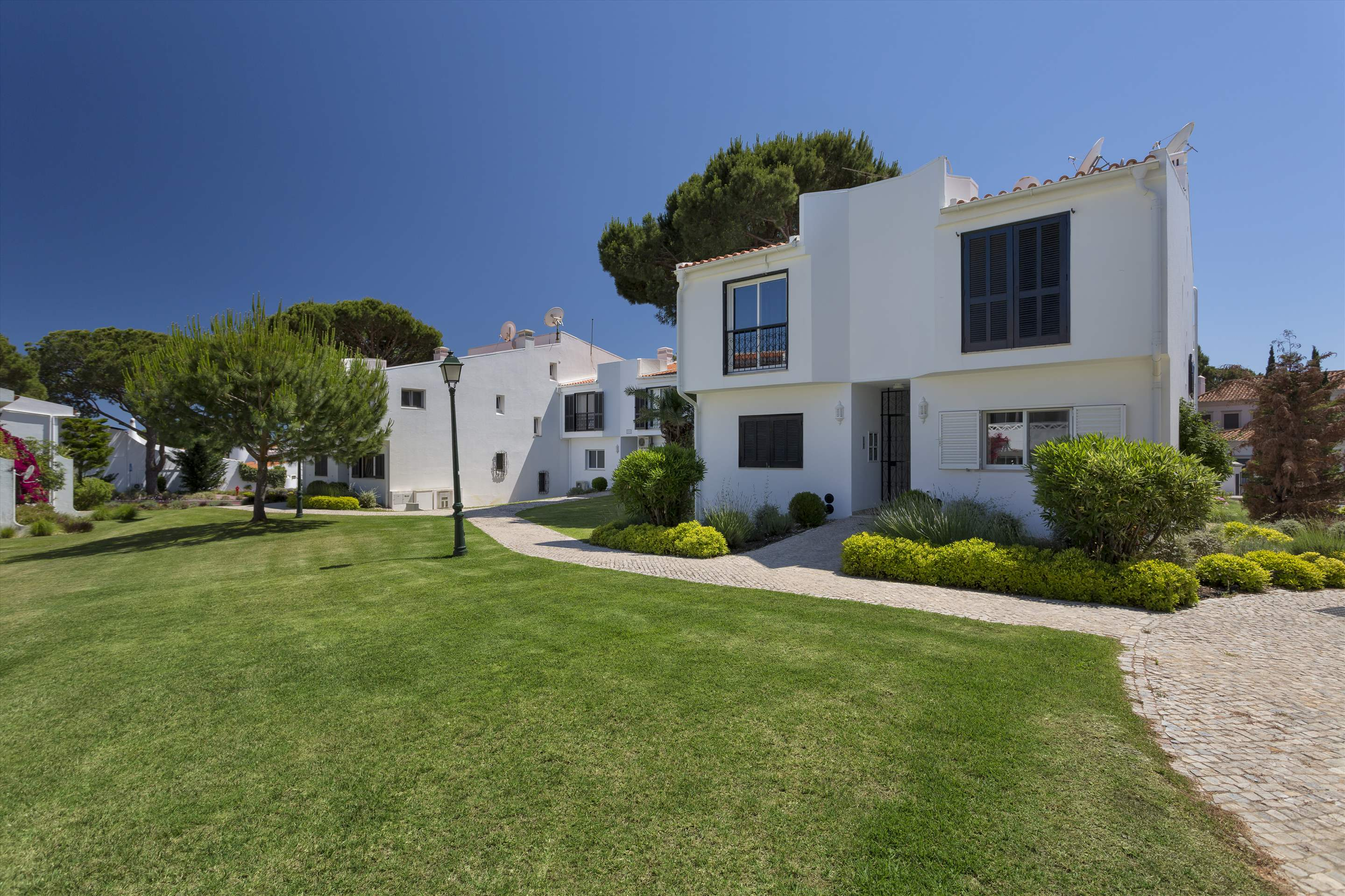 Apartment Bia, 1 bedroom apartment in Vale do Lobo, Algarve Photo #1