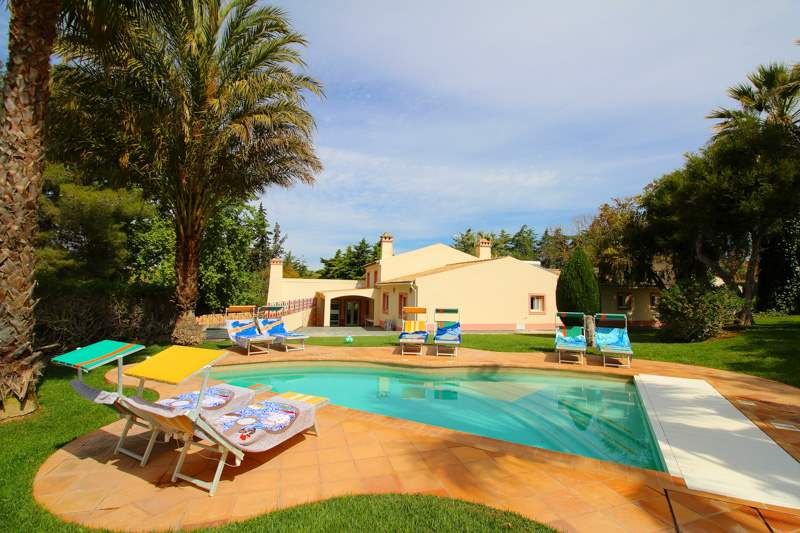The Four Seasons Villa, Six Bedroom Rate, 6 bedroom villa in Carvoeiro Area, Algarve Photo #1