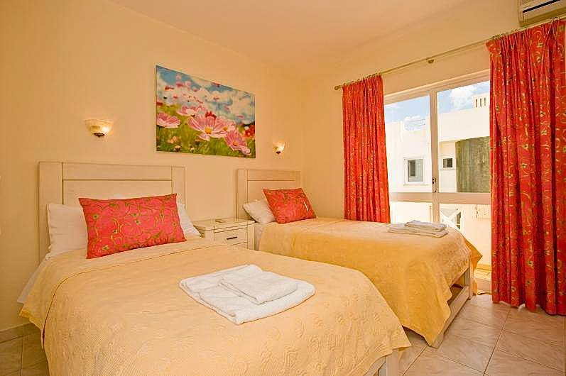 Villa Maria, 3 bedroom villa in Vilamoura Area, Algarve Photo #10