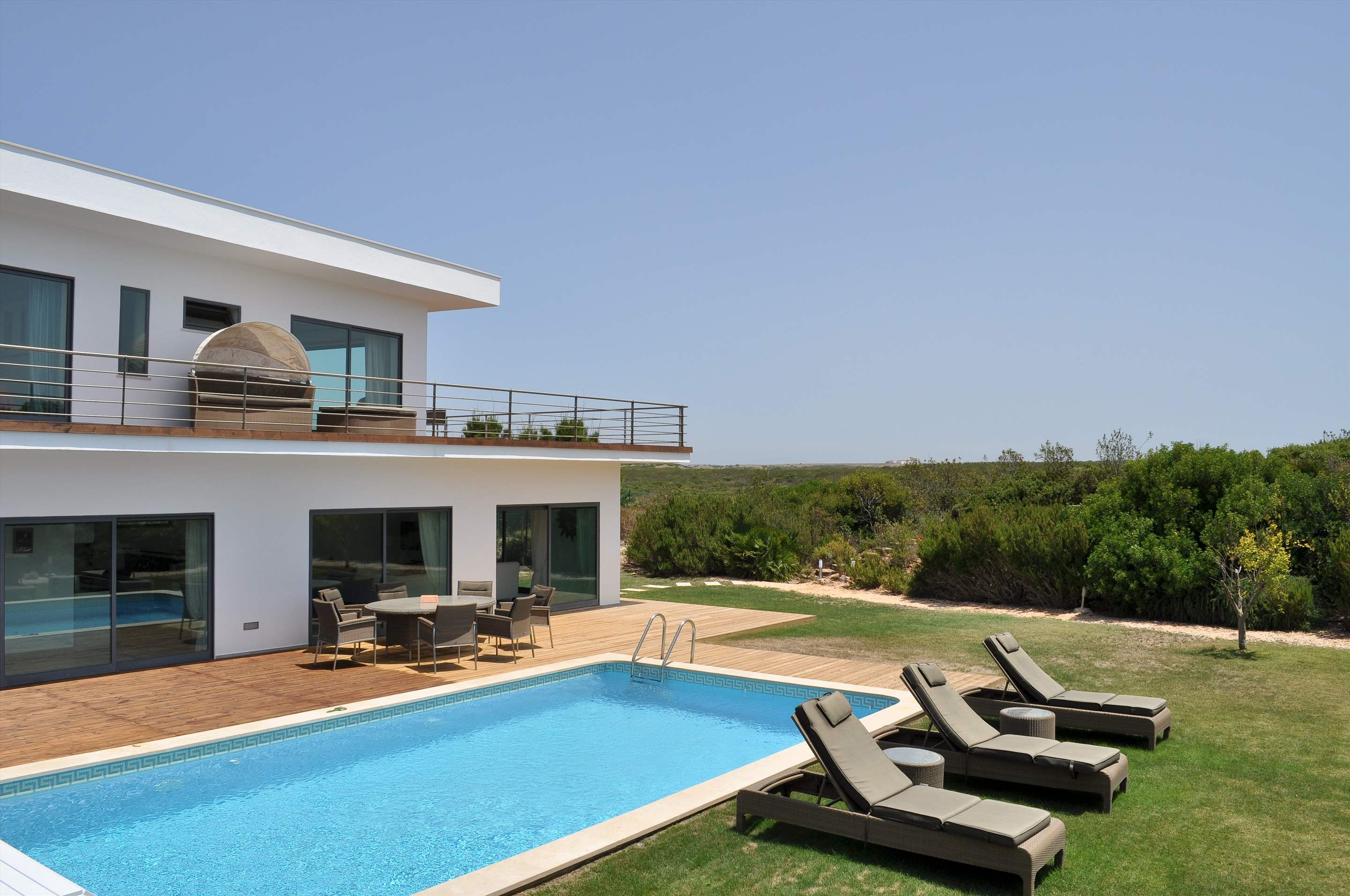 Martinhal Luxury Villa No.77, 5 bedroom villa in Martinhal Sagres, Algarve Photo #2