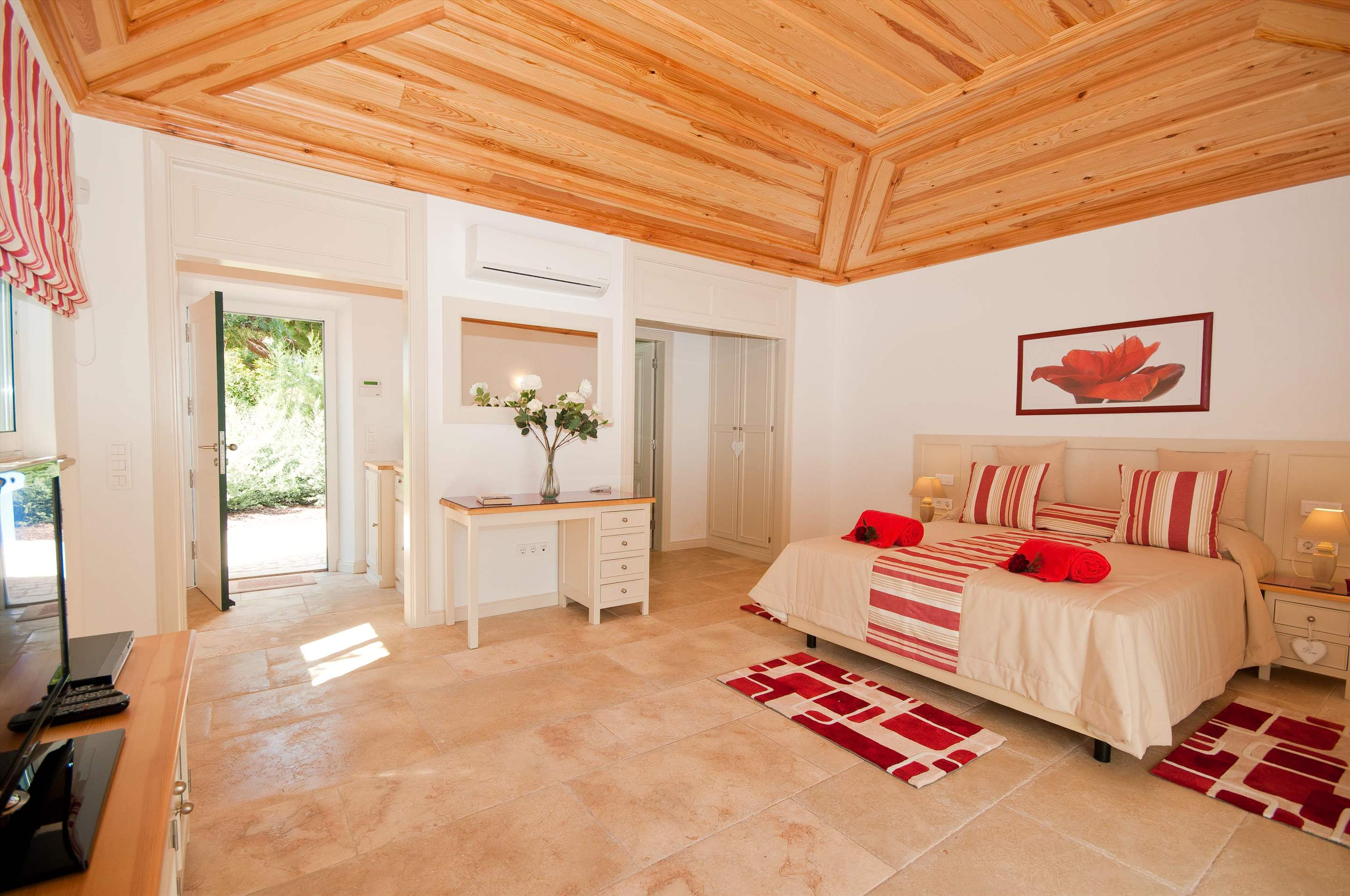 Villa Mirante 1, Five Bedroom Rate, 5 bedroom villa in Albufeira Area, Algarve Photo #12
