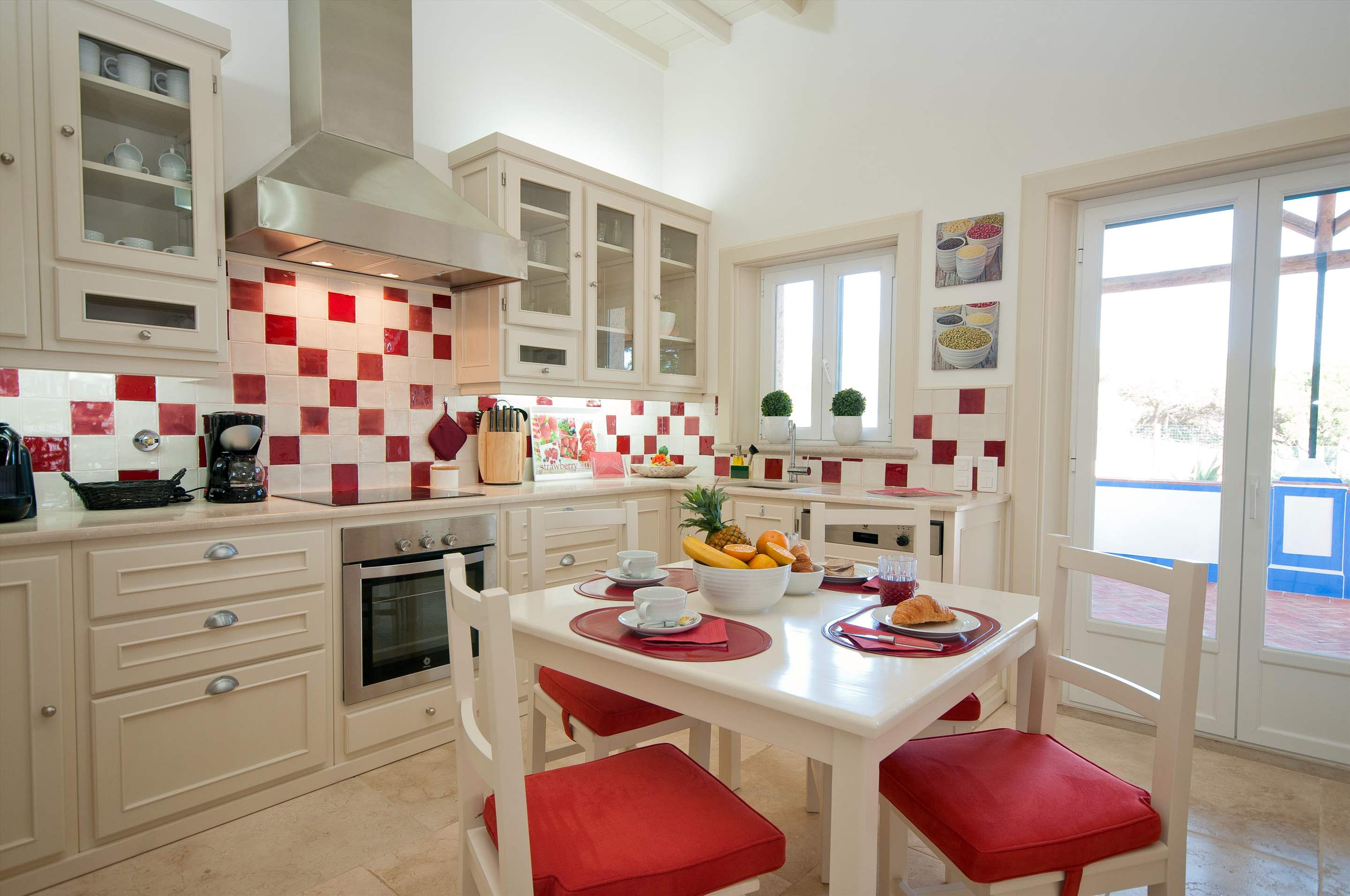 Villa Mirante 1, Five Bedroom Rate, 5 bedroom villa in Albufeira Area, Algarve Photo #6