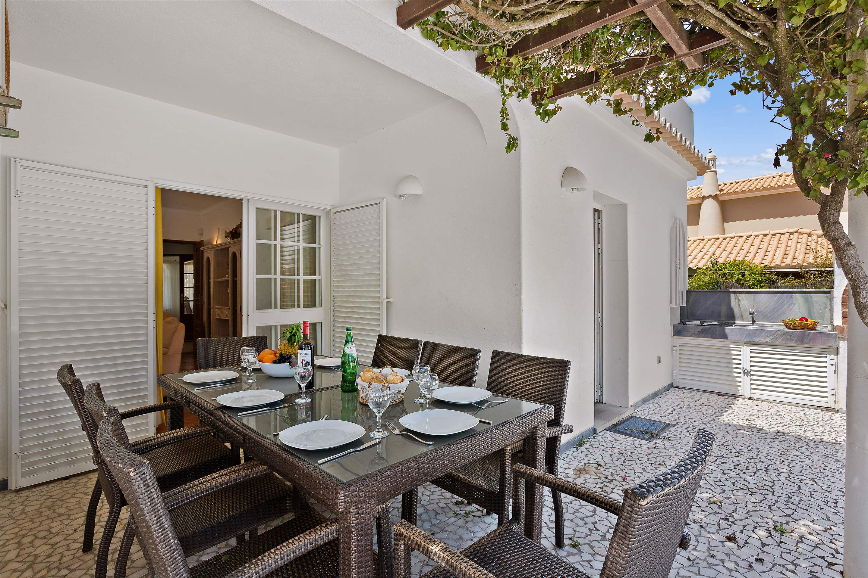 Villa Casablanca, 4 bedroom villa in Vilamoura Area, Algarve Photo #11