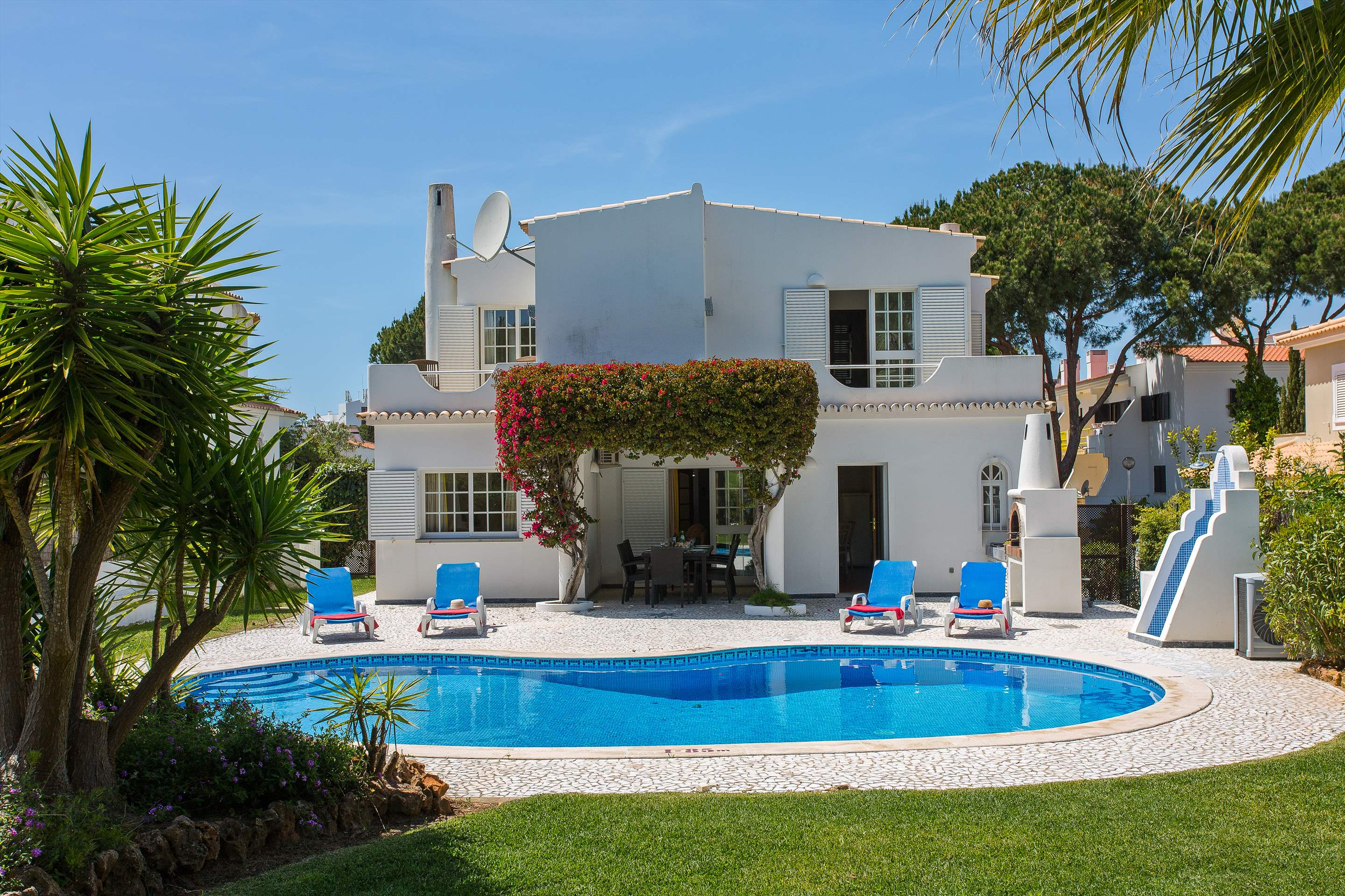 Villa Casablanca, 4 bedroom villa in Vilamoura Area, Algarve Photo #12