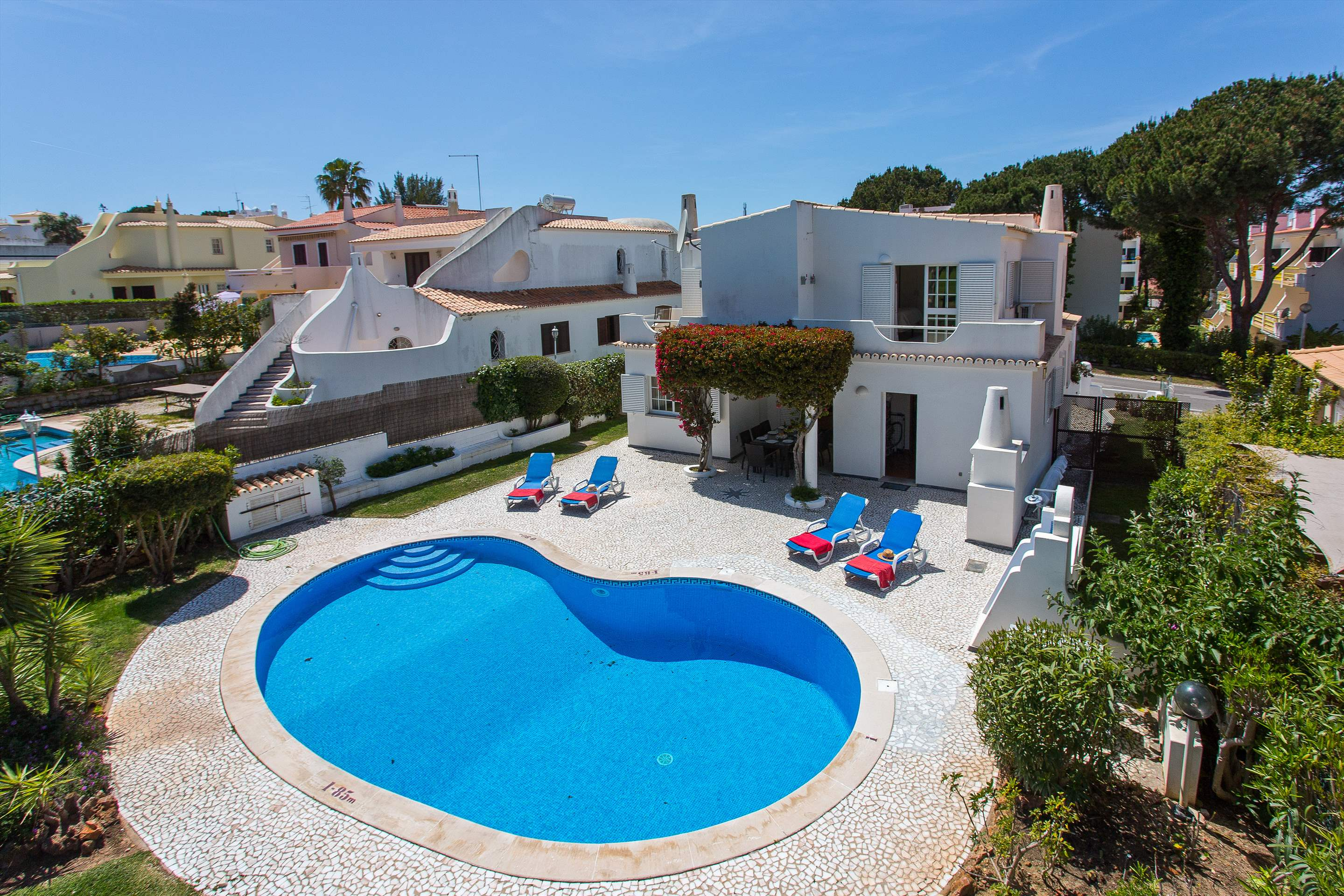 Villa Casablanca, 4 bedroom villa in Vilamoura Area, Algarve Photo #28