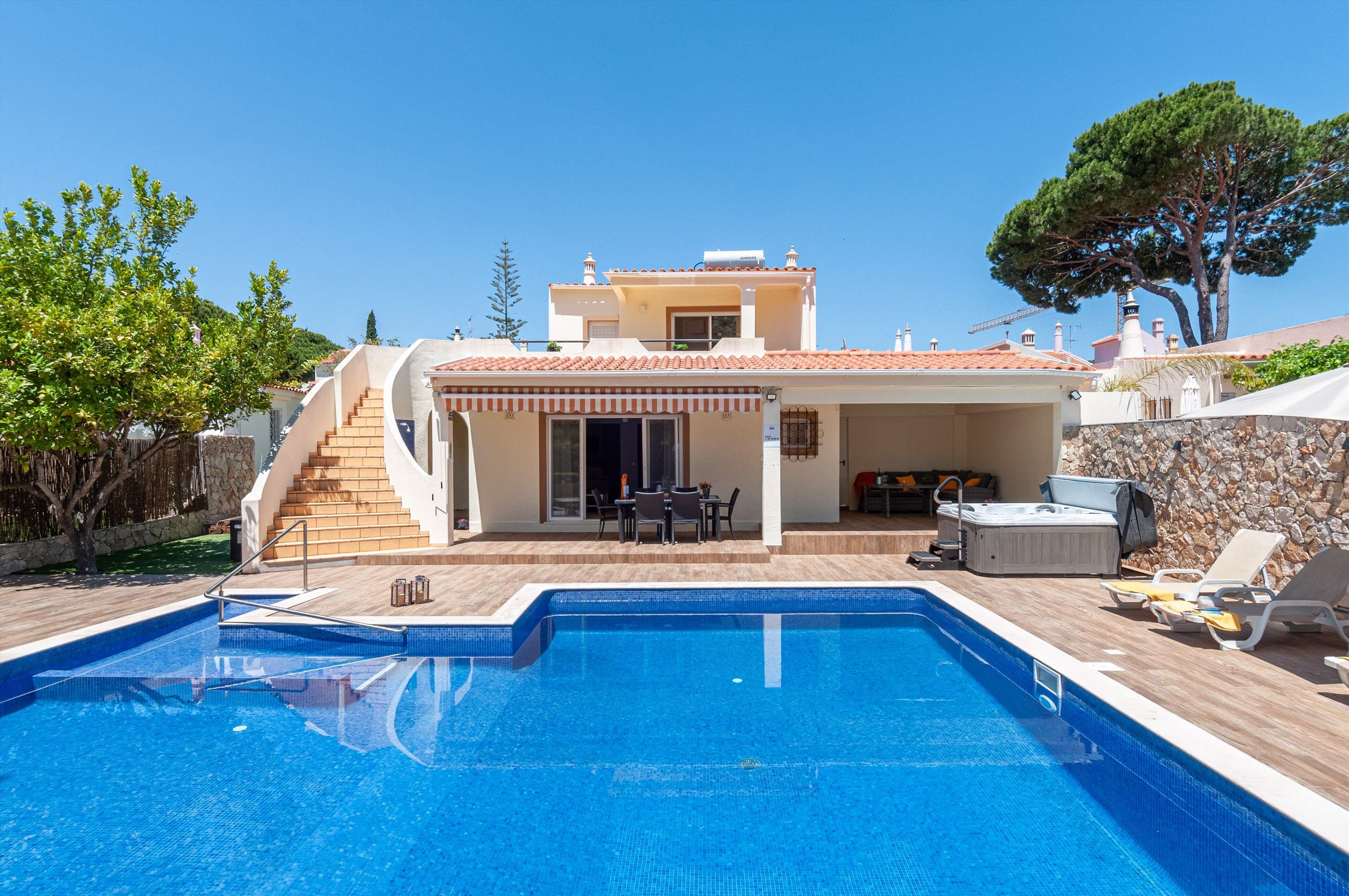 Villa Louanna, 3 bedroom villa in Vilamoura Area, Algarve Photo #1