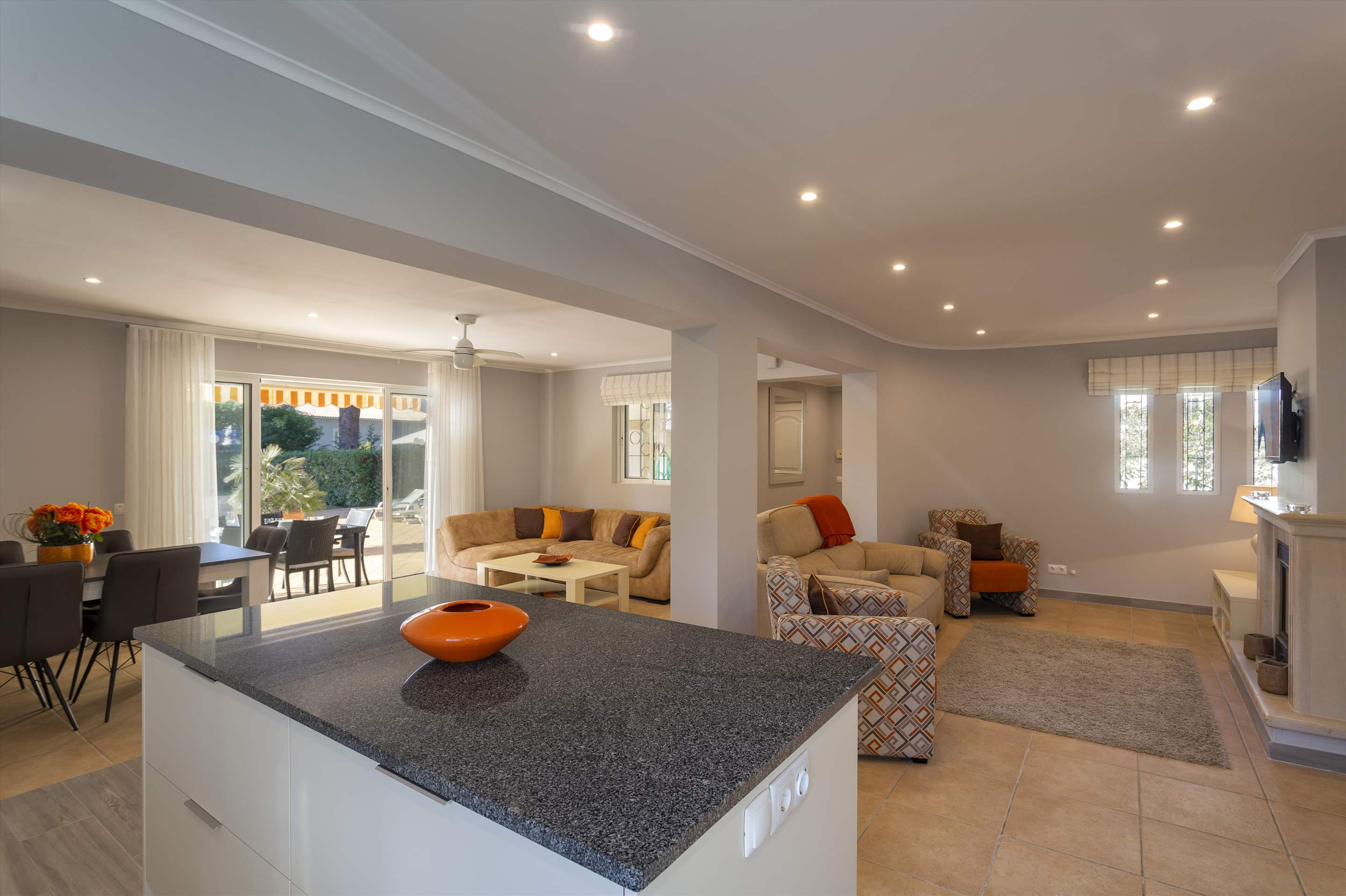 Villa Louanna, 3 bedroom villa in Vilamoura Area, Algarve Photo #10