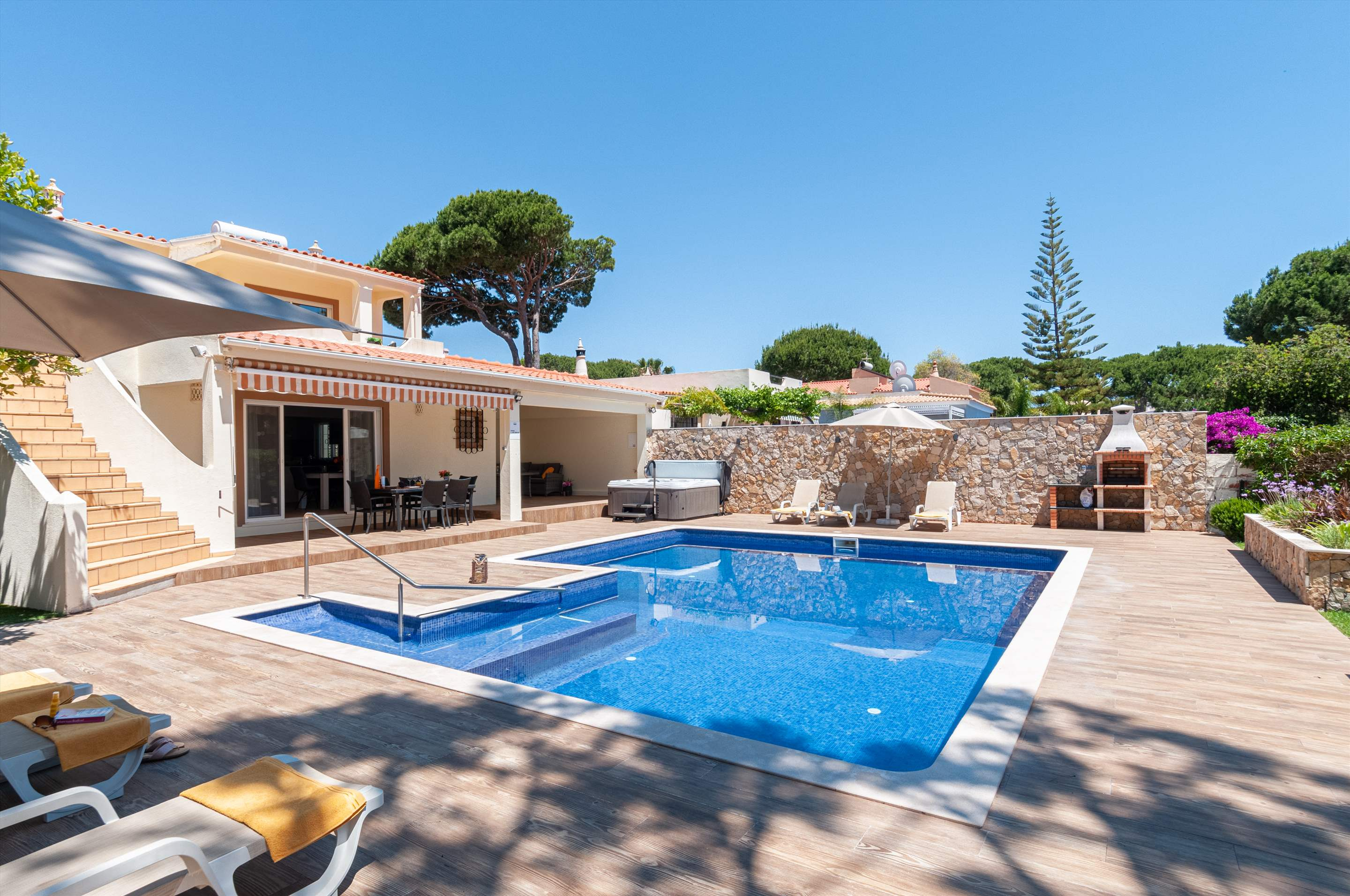Villa Louanna, 3 bedroom villa in Vilamoura Area, Algarve Photo #17