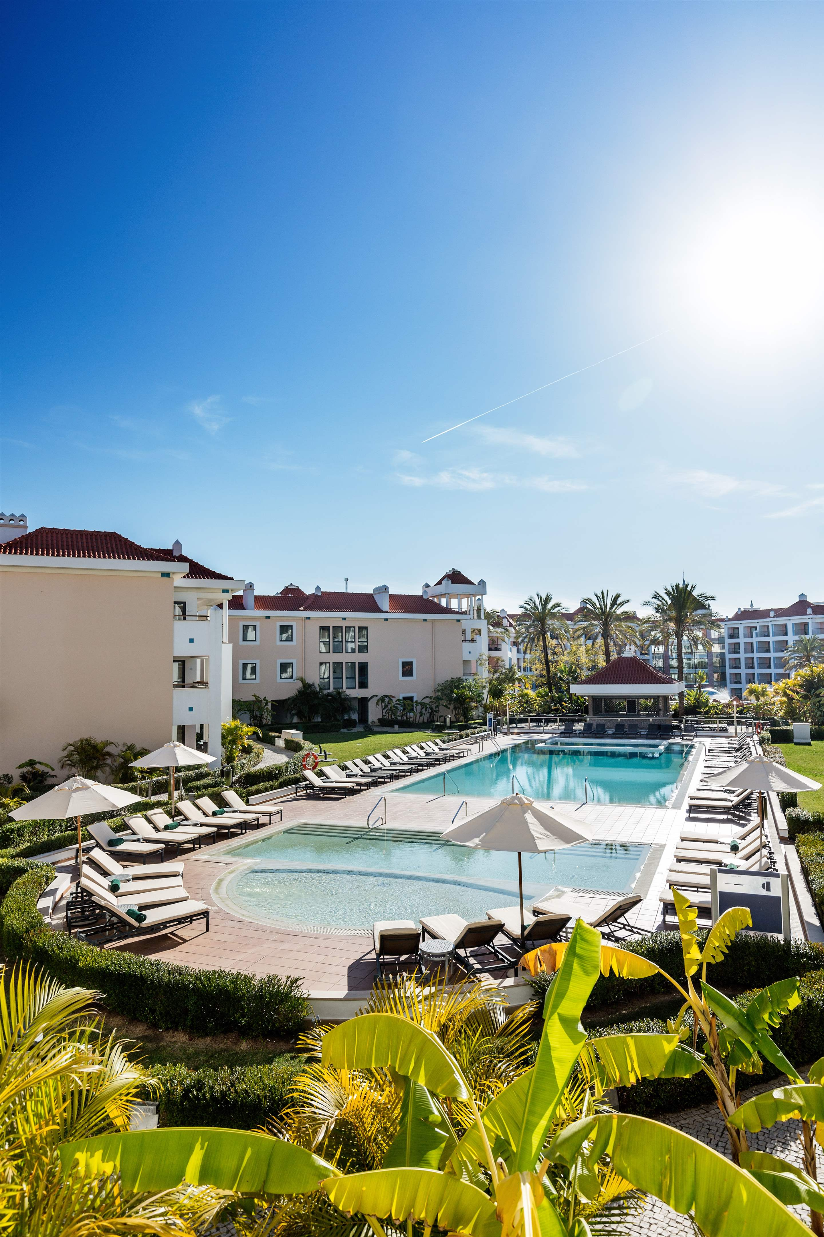 As Cascatas One Bedroom Suite, Room Only, 1 bedroom apartment in As Cascatas Golf Resort & Spa, Algarve Photo #2
