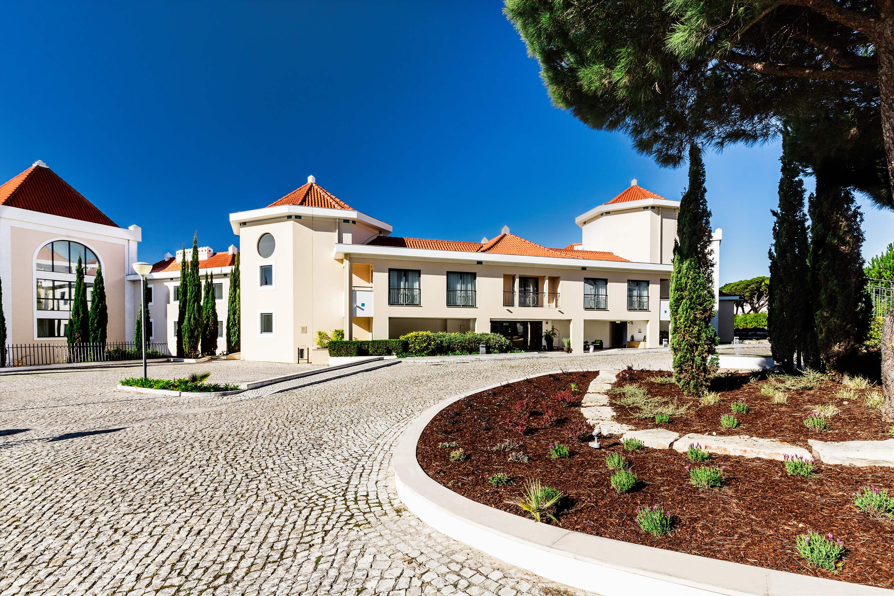 As Cascatas One Bedroom Suite, Room Only, 1 bedroom apartment in As Cascatas Golf Resort & Spa, Algarve Photo #23