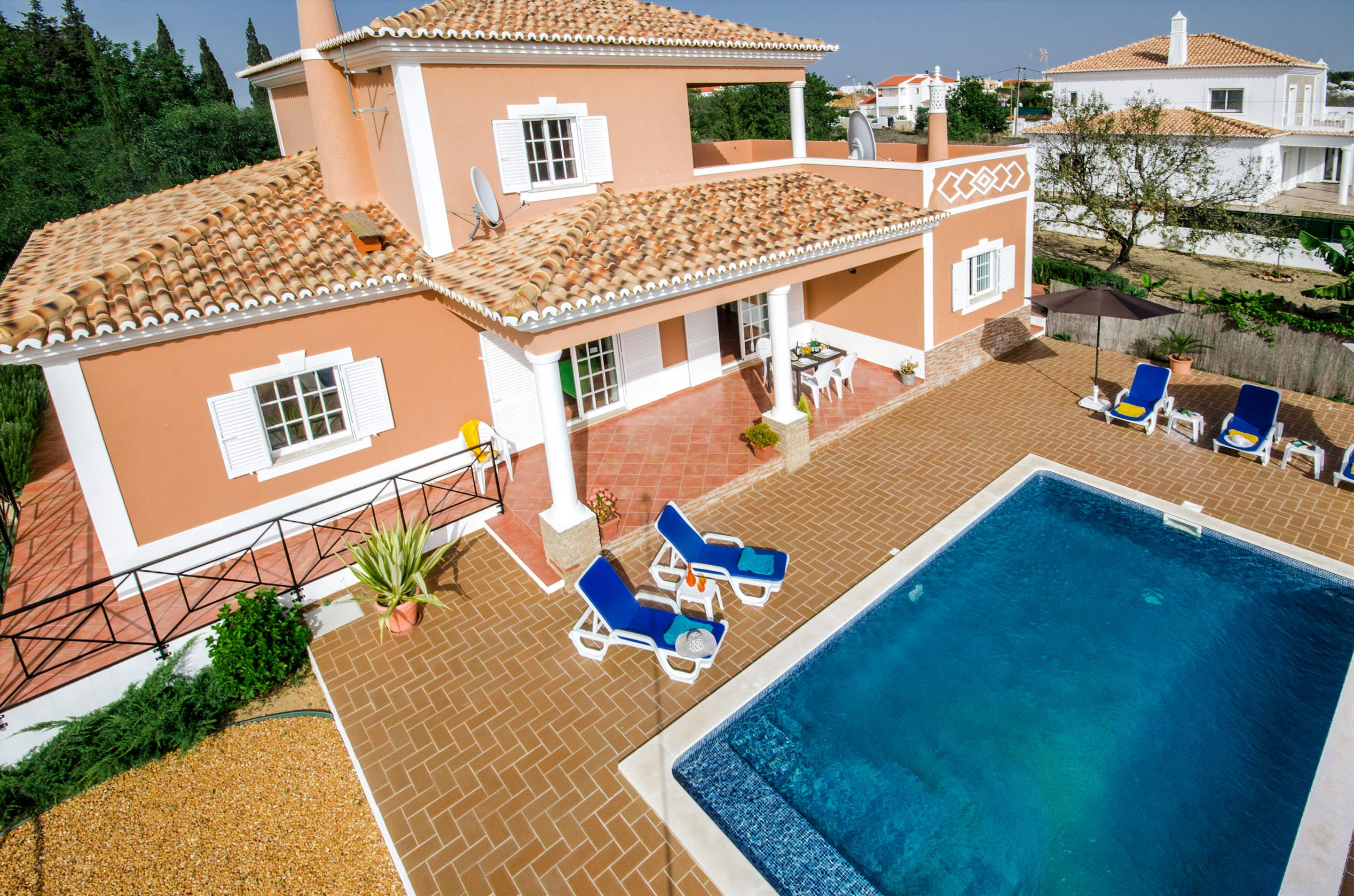 Casa Laura, 3 bedroom villa in Gale, Vale da Parra and Guia, Algarve Photo #14