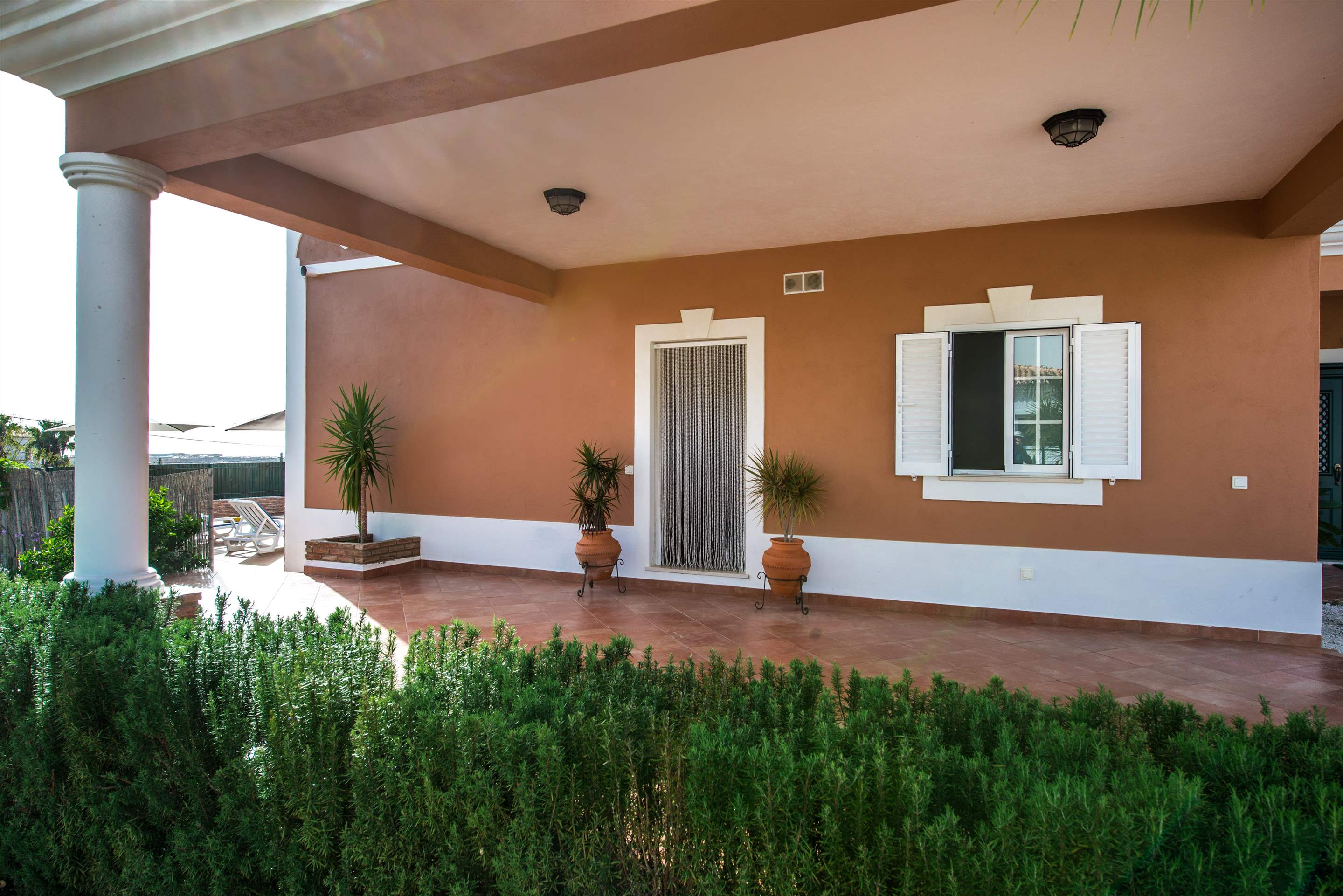 Casa Laura, 3 bedroom villa in Gale, Vale da Parra and Guia, Algarve Photo #25
