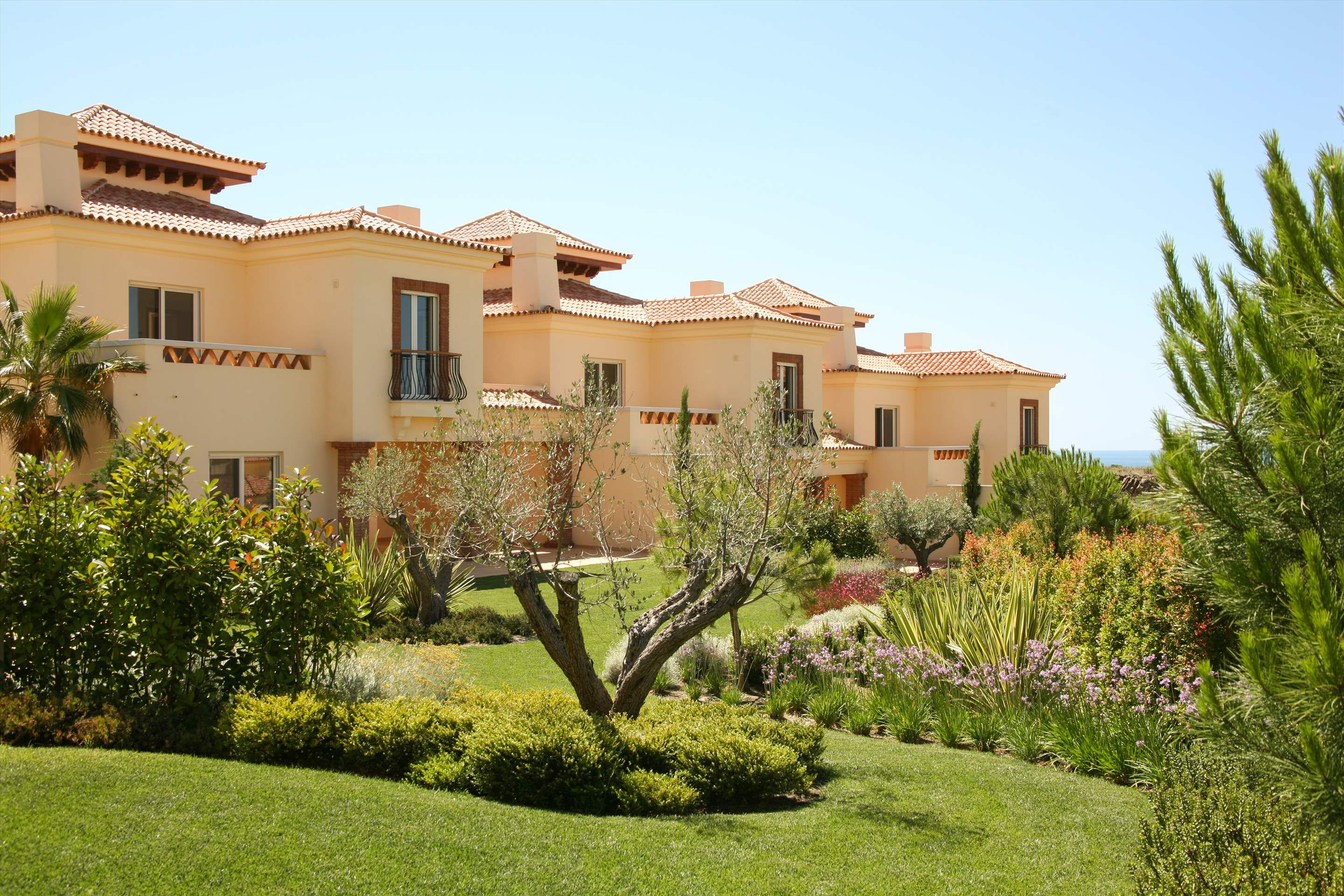 Monte Rei One Bedroom Linked Villa, 1 bedroom villa in Monte Rei Country Club, Algarve Photo #8