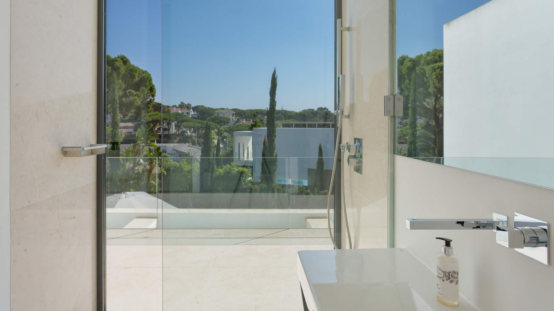 Villa Felicity, 4 bedroom villa in Vale do Lobo, Algarve Photo #19